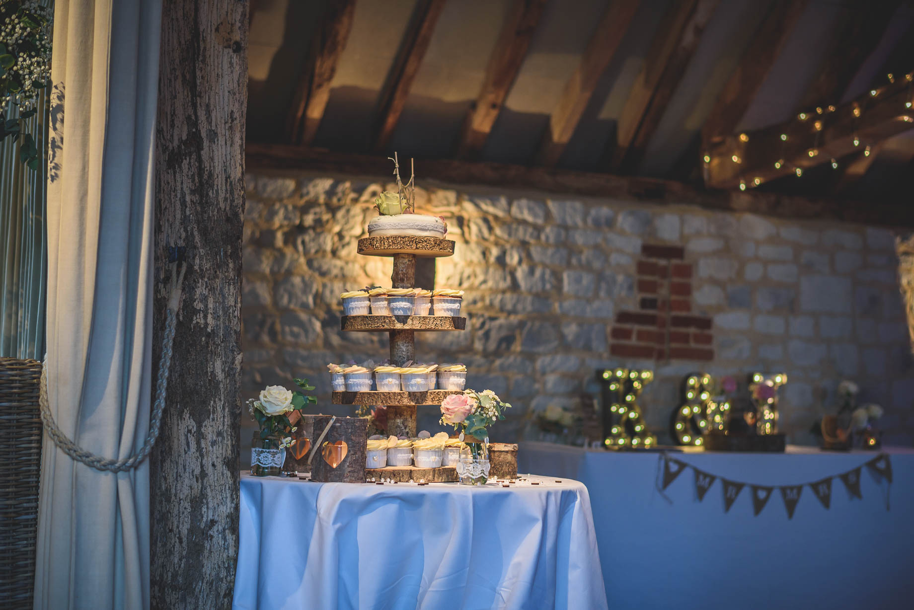 Bury Court Barn wedding photography - Guy Collier Photography - Karen and John (115 of 166)