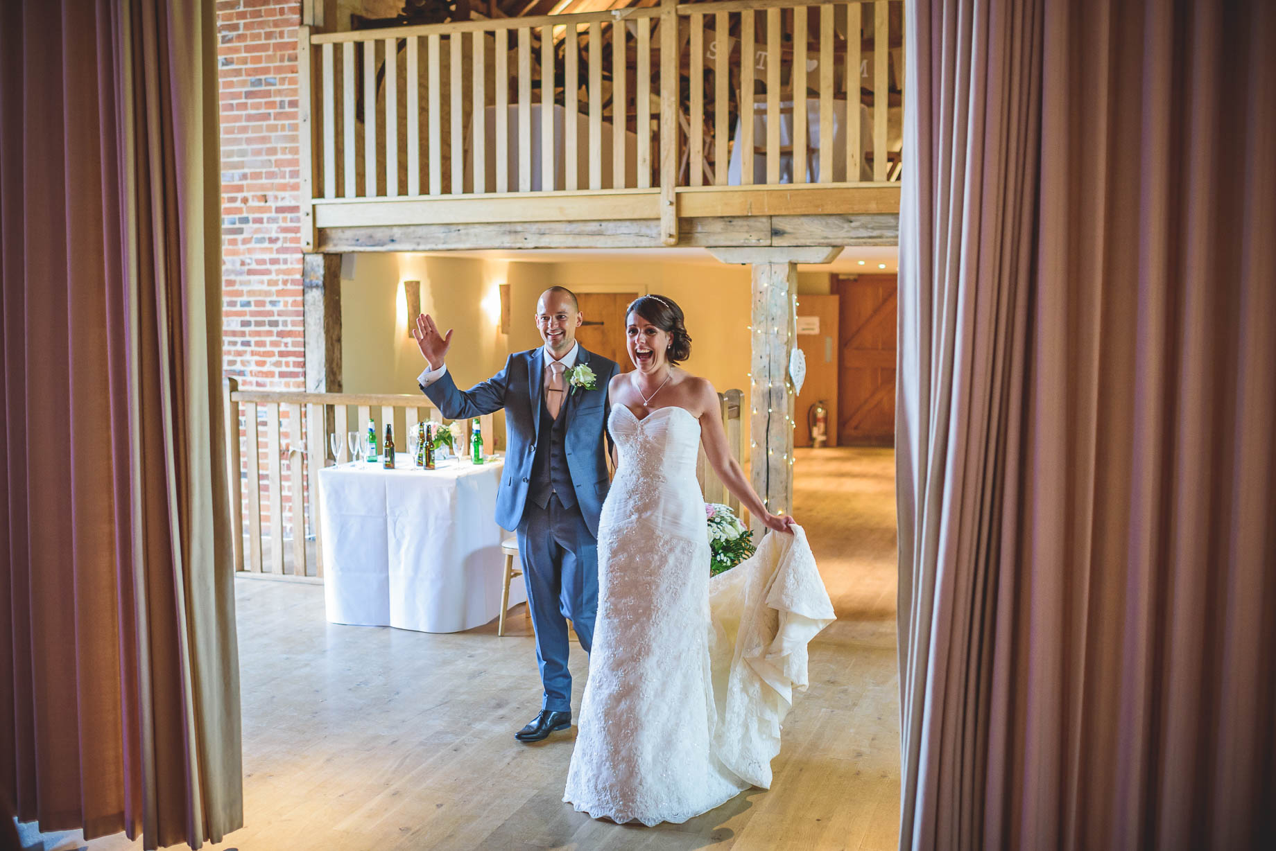 Bury Court Barn wedding photography - Guy Collier Photography - Karen and John (118 of 166)