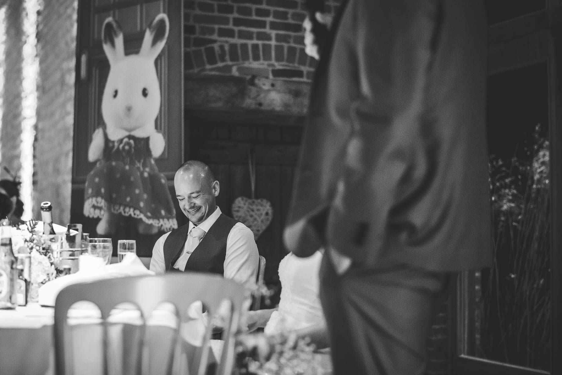 Bury Court Barn wedding photography - Guy Collier Photography - Karen and John (145 of 166)