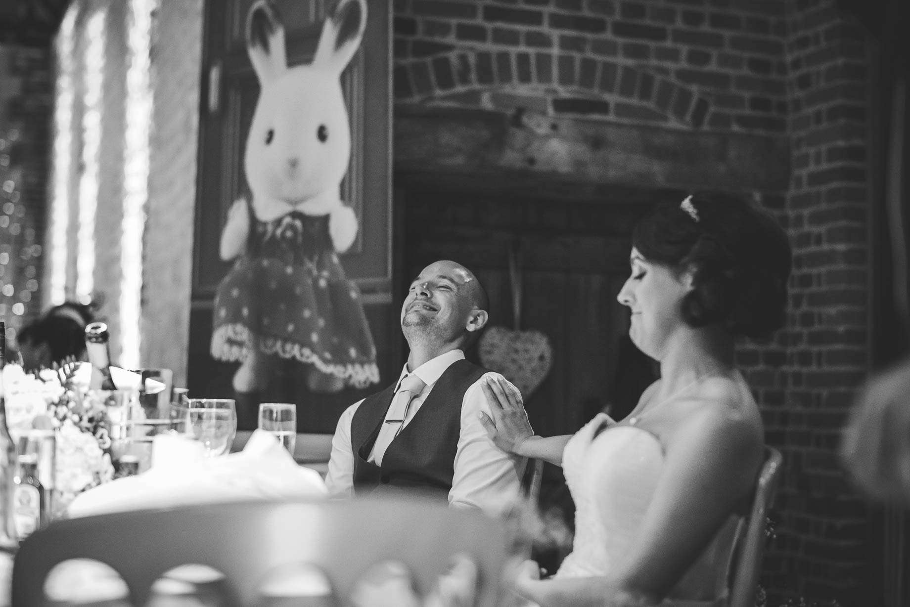 Bury Court Barn wedding photography - Guy Collier Photography - Karen and John (147 of 166)