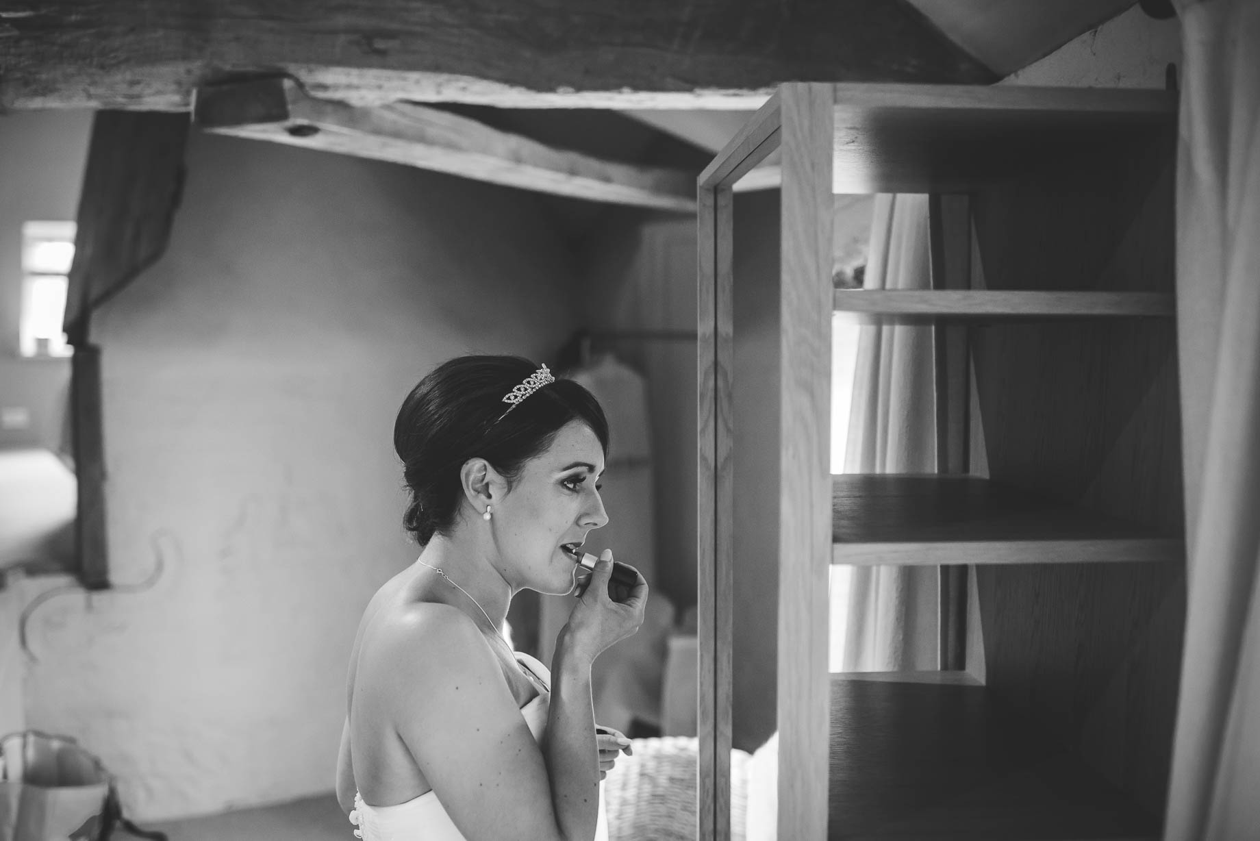 Bury Court Barn wedding photography - Guy Collier Photography - Karen and John (41 of 166)