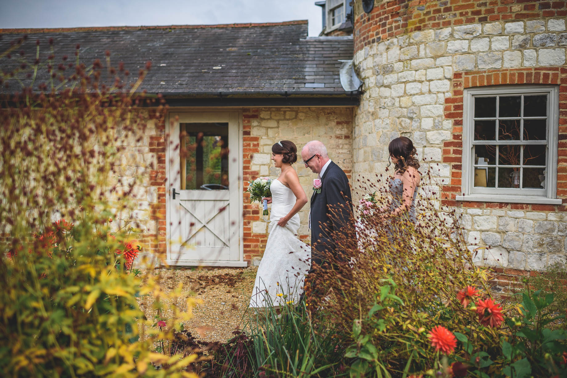 Bury Court Barn wedding photography - Guy Collier Photography - Karen and John (46 of 166)