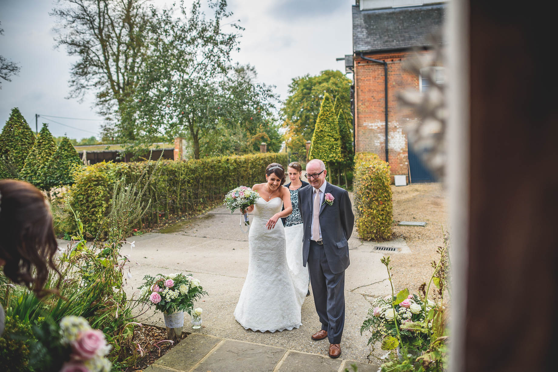 Bury Court Barn wedding photography - Guy Collier Photography - Karen and John (48 of 166)