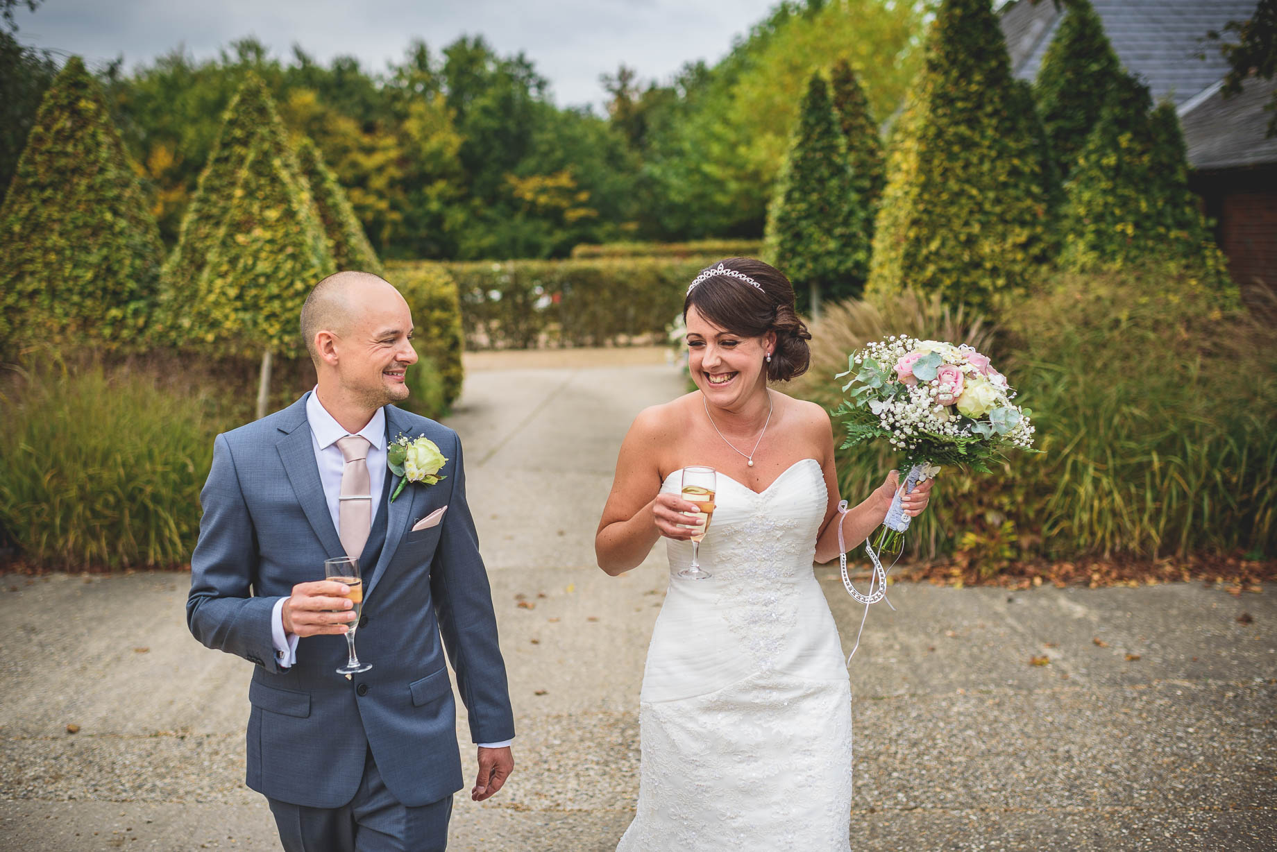 Bury Court Barn wedding photography - Guy Collier Photography - Karen and John (66 of 166)