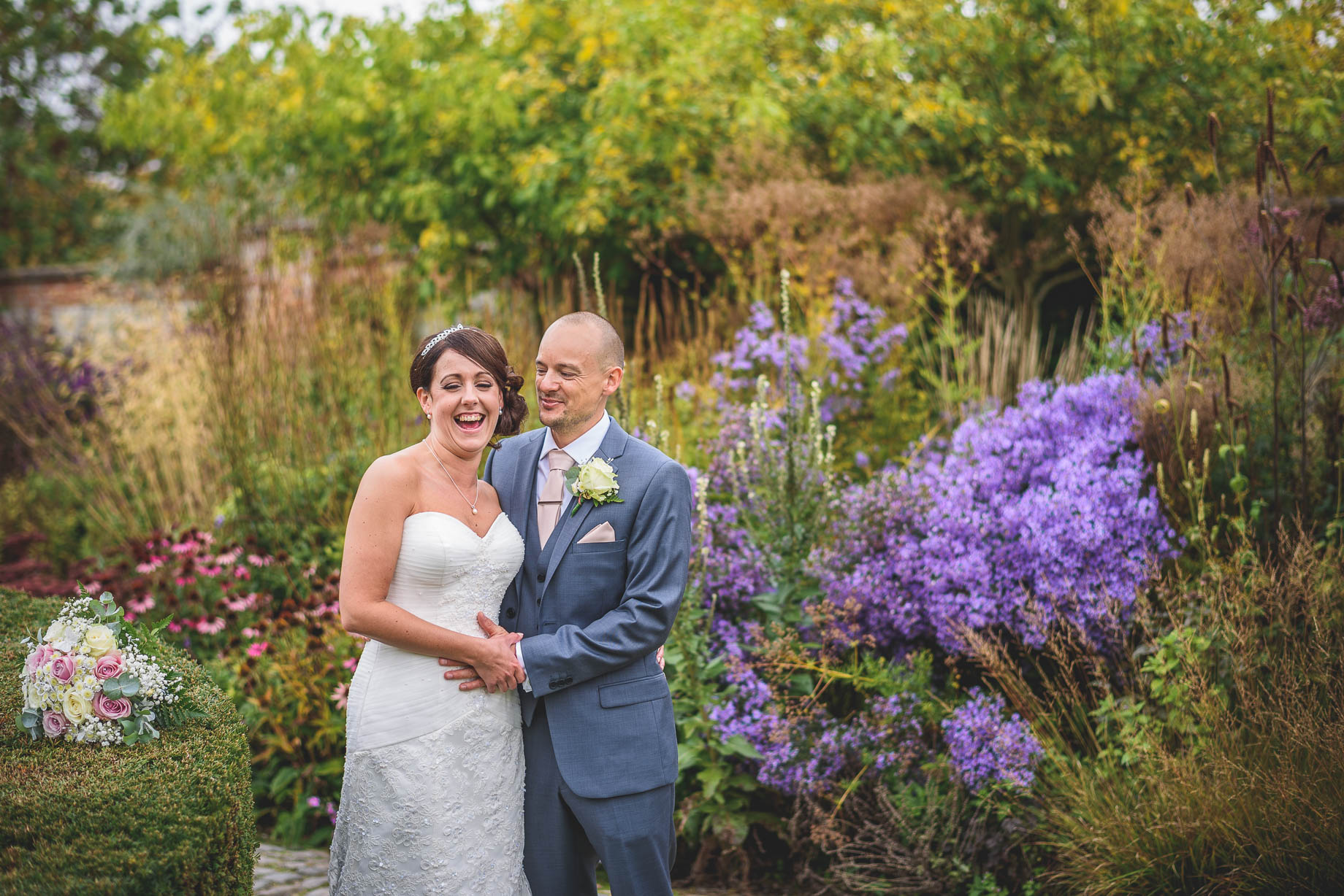 Bury Court Barn wedding photography - Guy Collier Photography - Karen and John (94 of 166)
