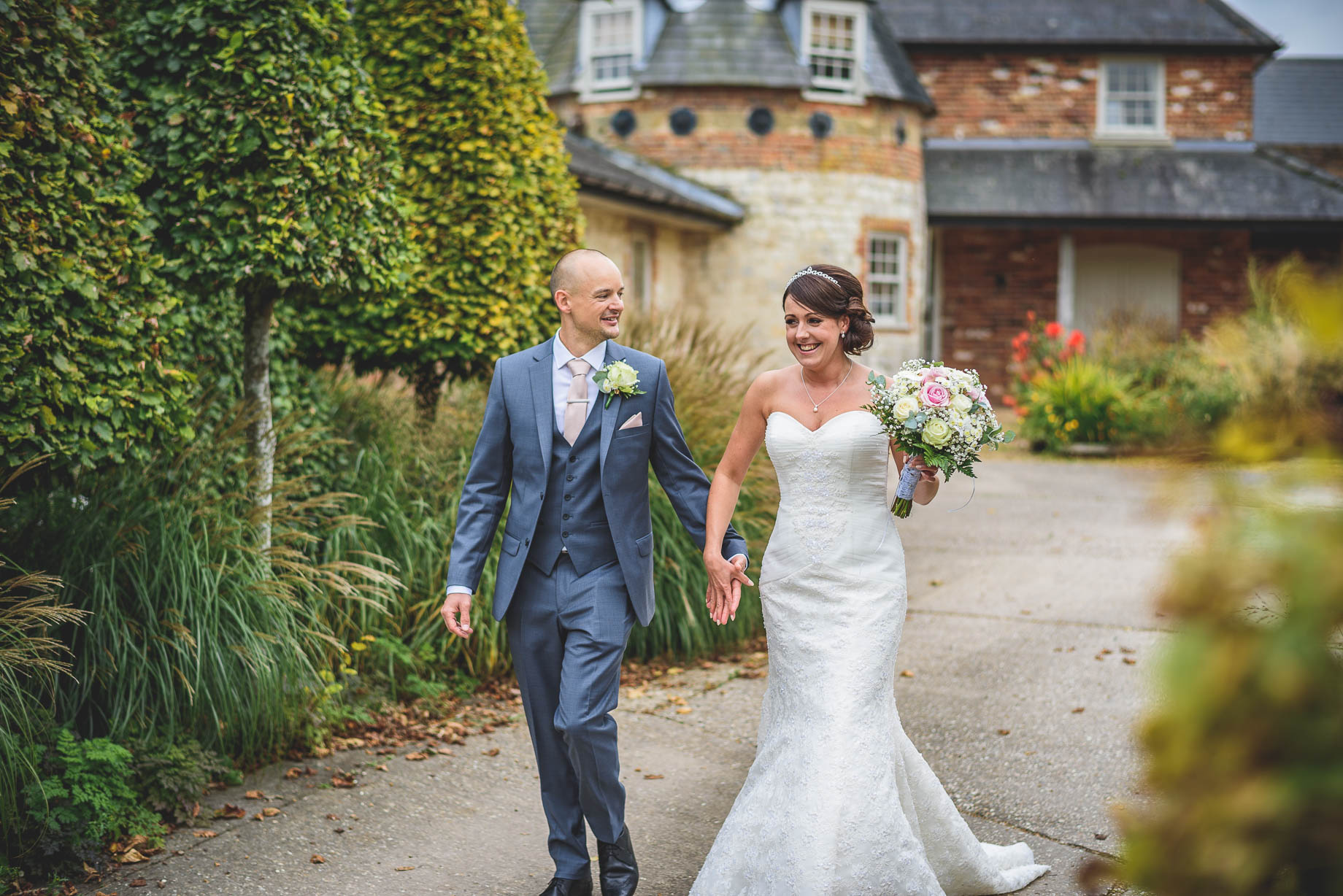 Bury Court Barn wedding photography - Guy Collier Photography - Karen and John (95 of 166)