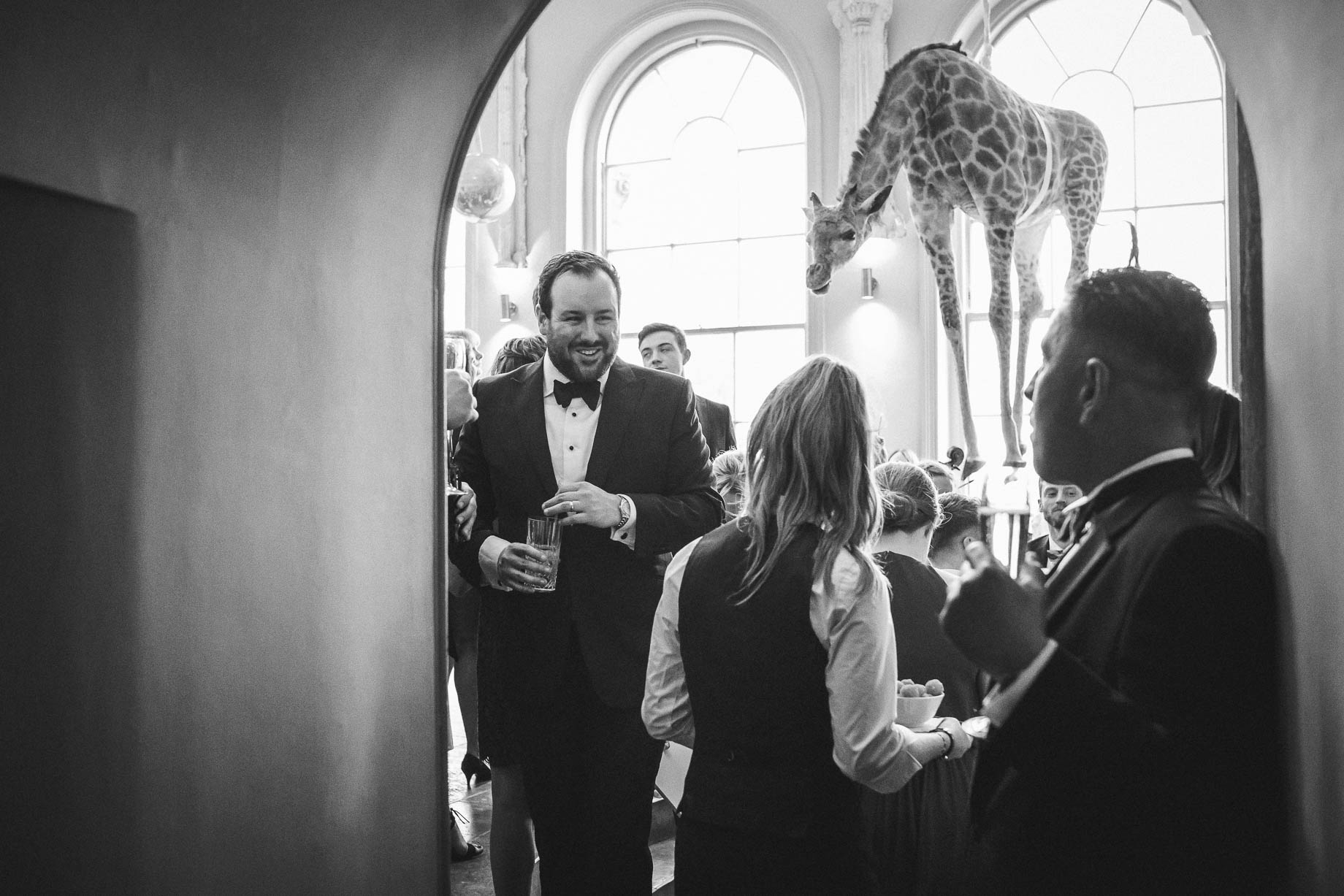 Aynhoe Park wedding photography by Guy Collier - Grace and Andrew