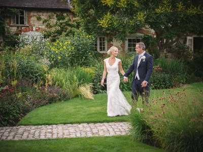 Bury Court Barn - Bryony + Rich