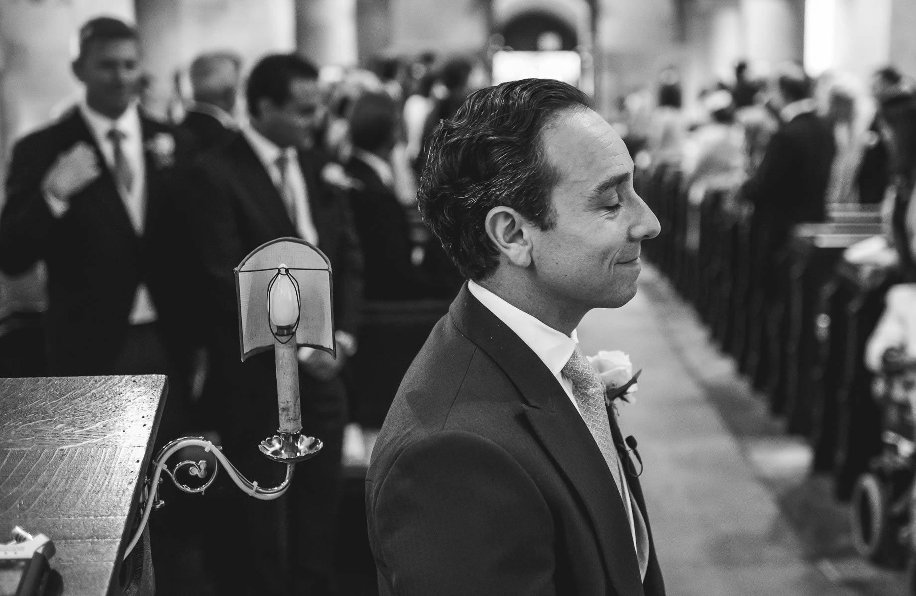 Bury-Court-Barn-Wedding-Photography-Caroline-and-Rob-50-of-219