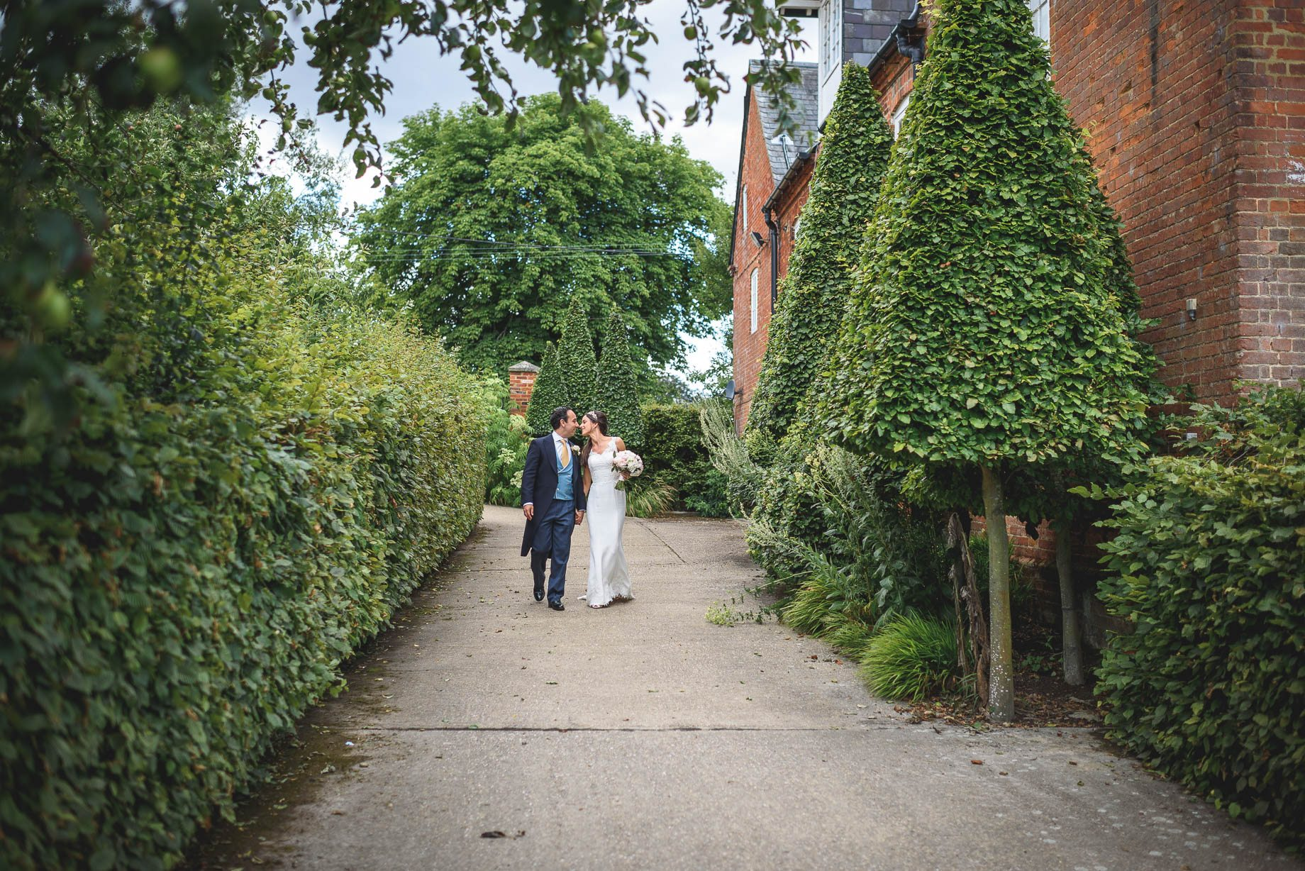 Bury Court Barn Wedding Photography - Caroline and Rob (83 of 219)