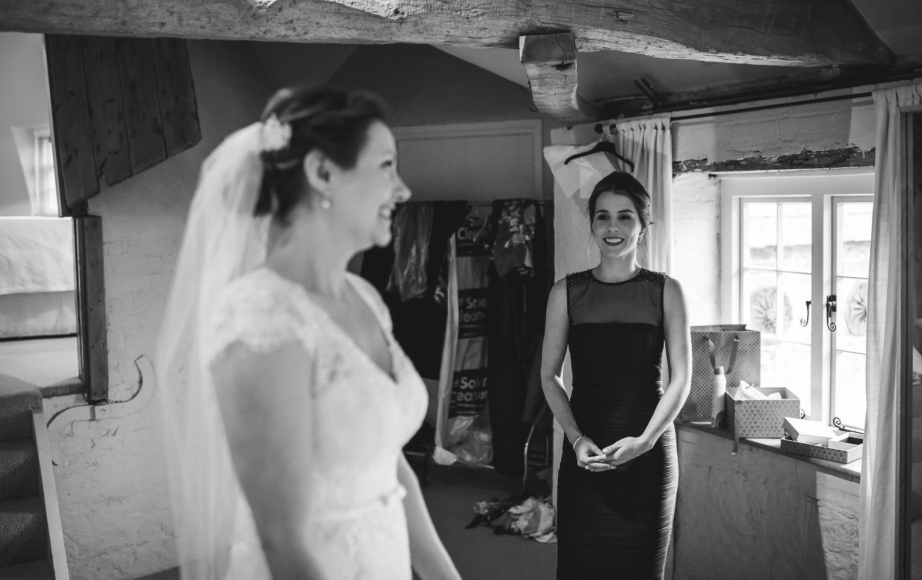 Bury Court Barn wedding photography - Ashley and Henry by Guy Collier Photography (32 of 188)
