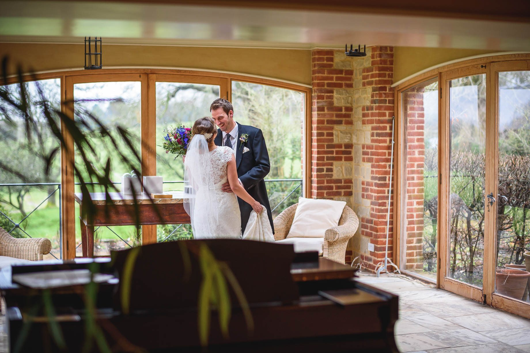 Bury Court Barn wedding photography - Ashley and Henry by Guy Collier Photography (67 of 188)