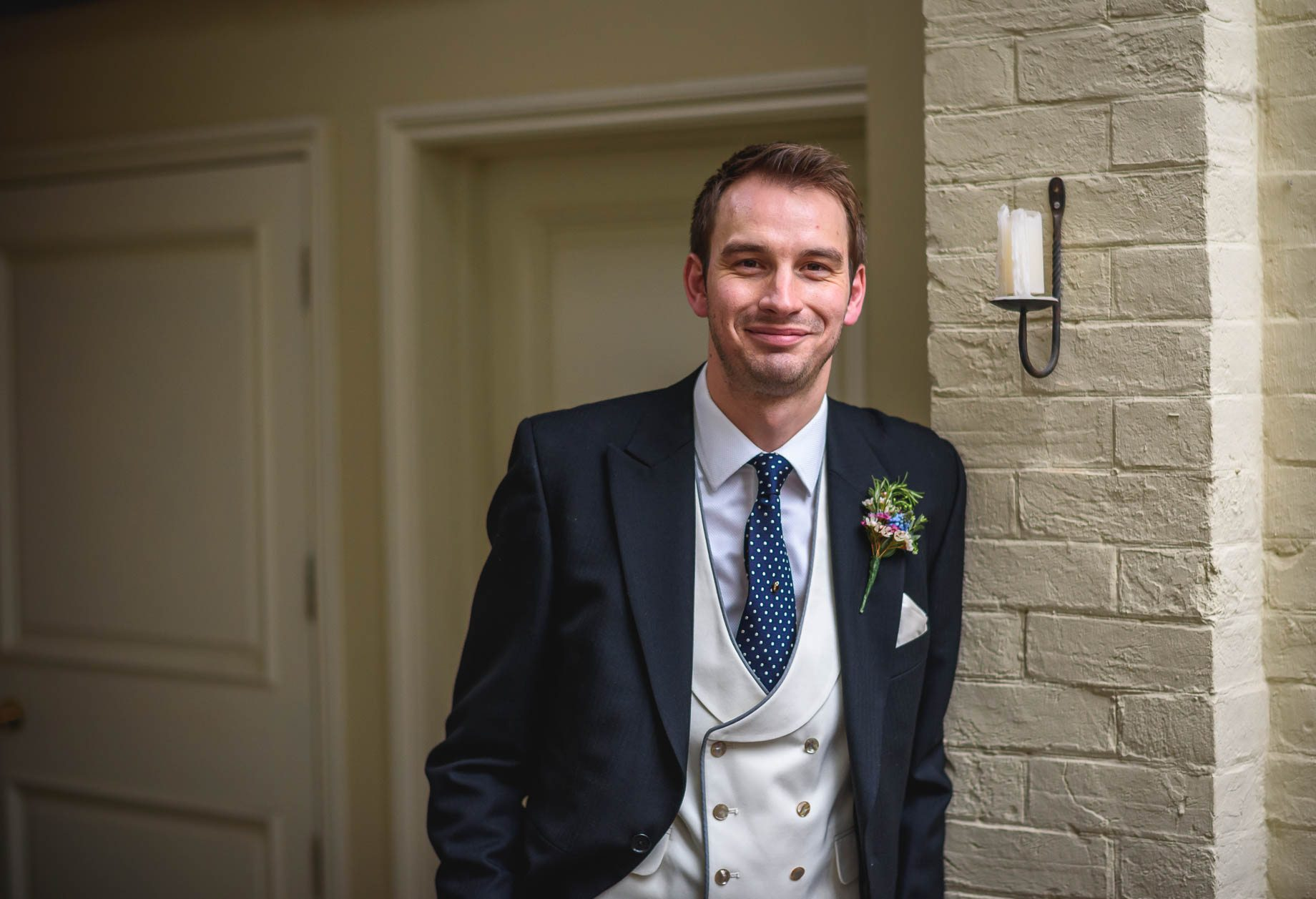 Bury Court Barn wedding photography - Ashley and Henry by Guy Collier Photography (72 of 188)