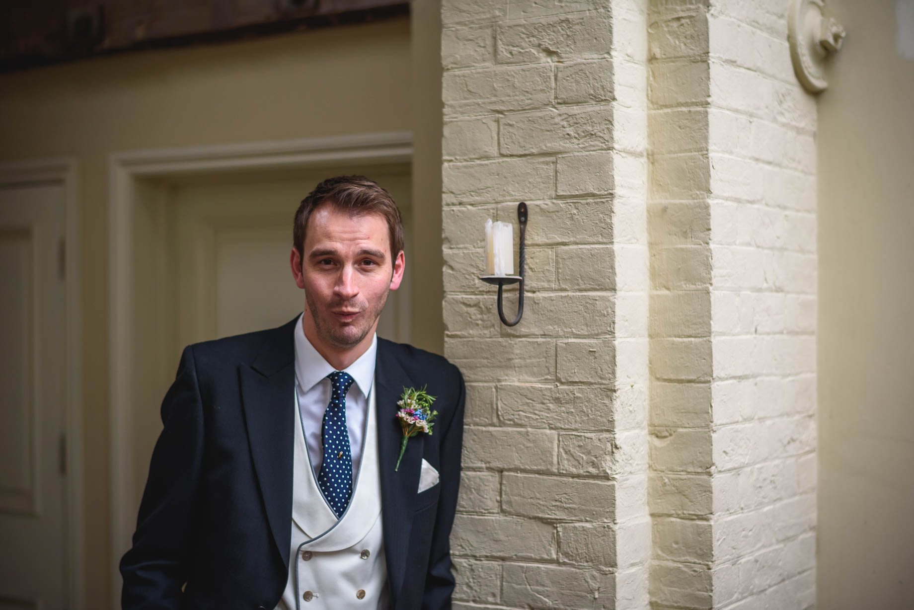 Bury Court Barn wedding photography - Ashley and Henry by Guy Collier Photography (73 of 188)