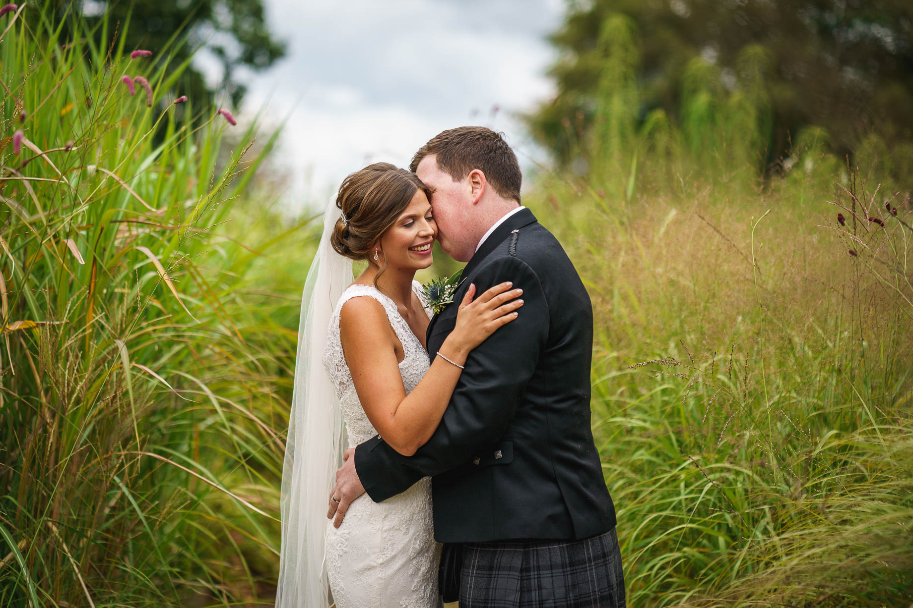 Bury Court Barn wedding photography - Esther and Gregor