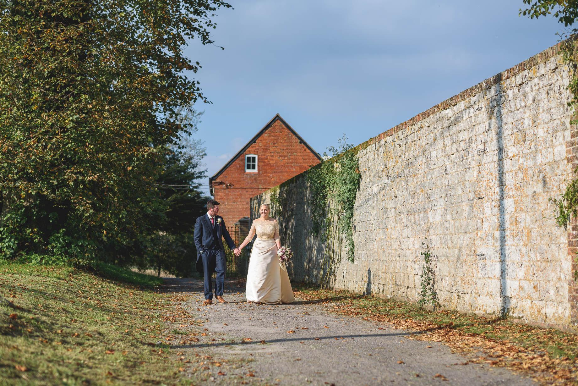 Bury Court Barn wedding photography - Guy Collier - Hannah and Mark (111 of 191)