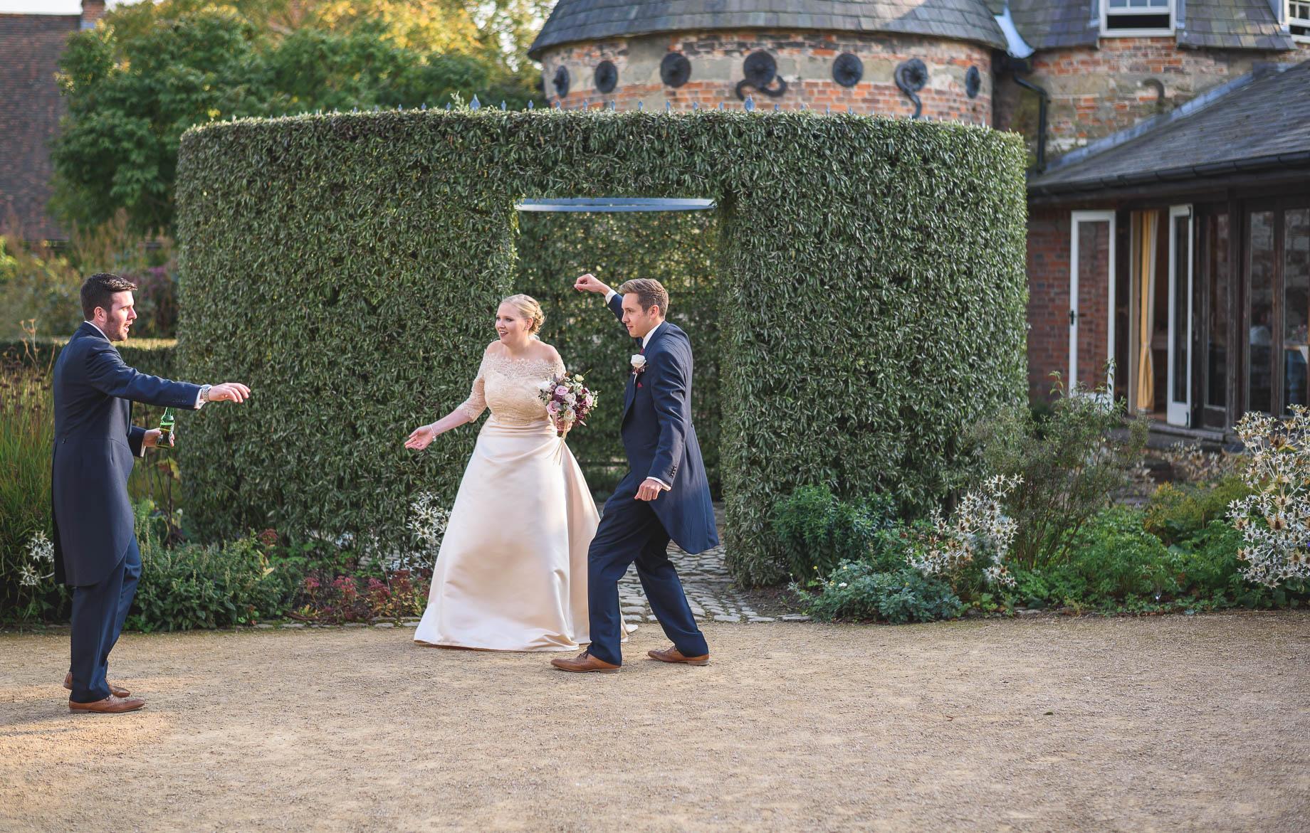Bury Court Barn wedding photography - Guy Collier - Hannah and Mark (134 of 191)