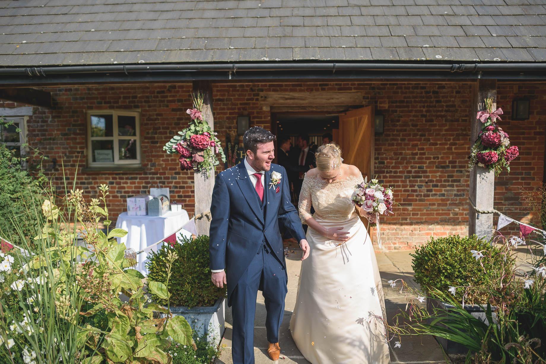 Bury Court Barn wedding photography - Guy Collier - Hannah and Mark (77 of 191)