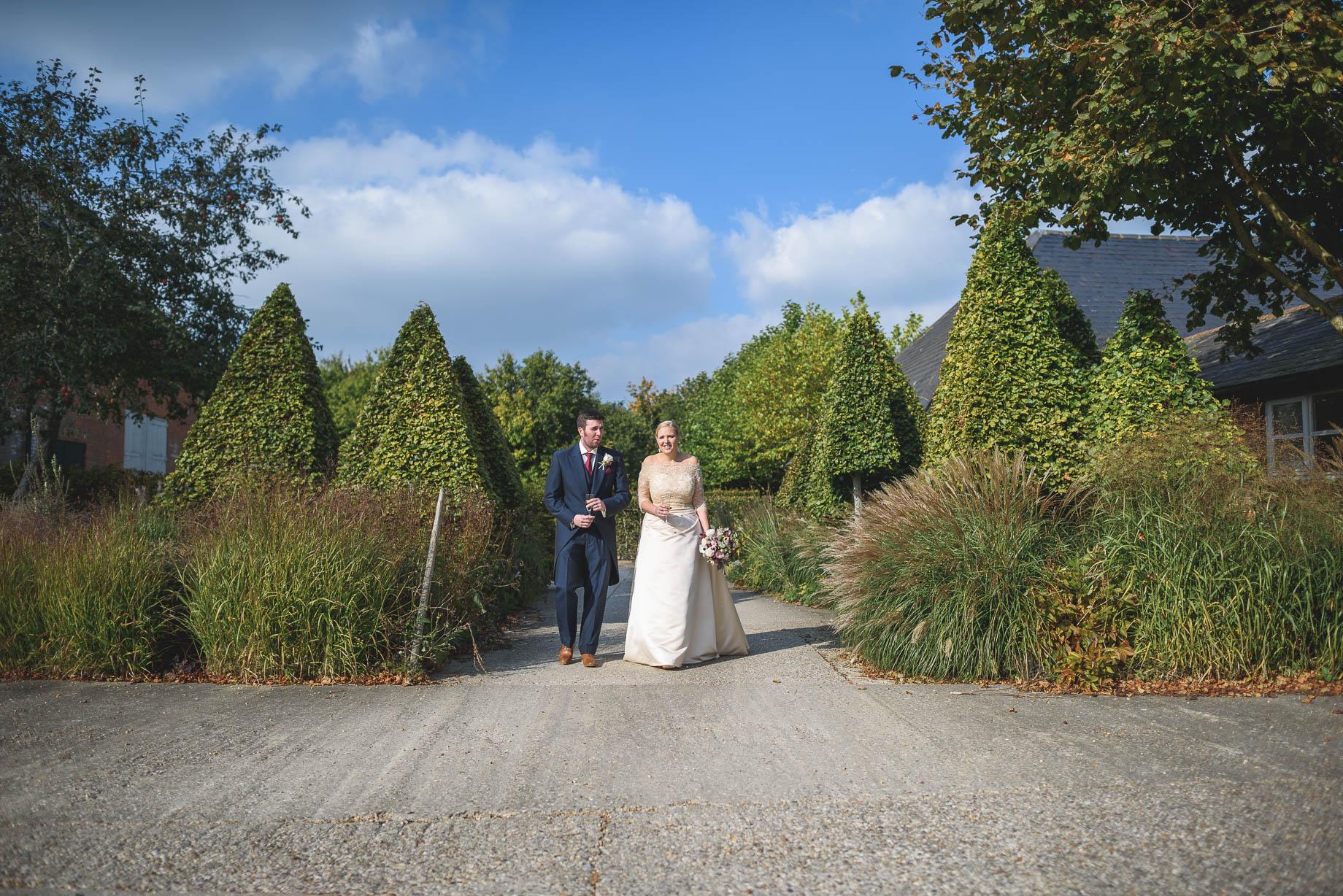 Bury Court Barn wedding photography - Guy Collier - Hannah and Mark (80 of 191)