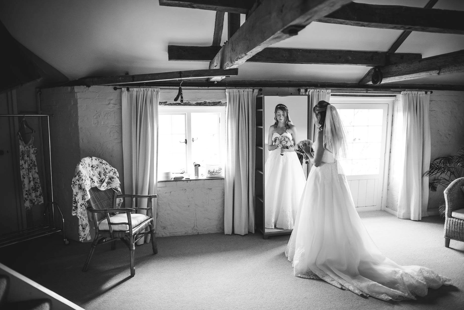 Bury Court Barn wedding photography - Guy Collier - Kirsty and Lewis (41 of 150)