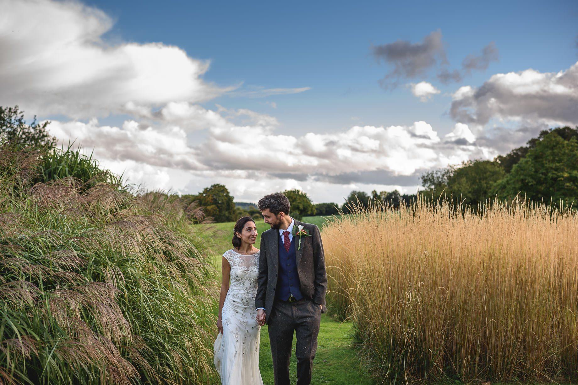 bury-court-barn-wedding-photography-guy-collier-photography-nadia-tom-111-of-184