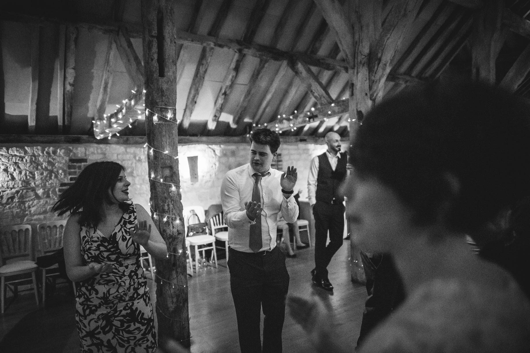 bury-court-barn-wedding-photography-guy-collier-photography-nadia-tom-179-of-184