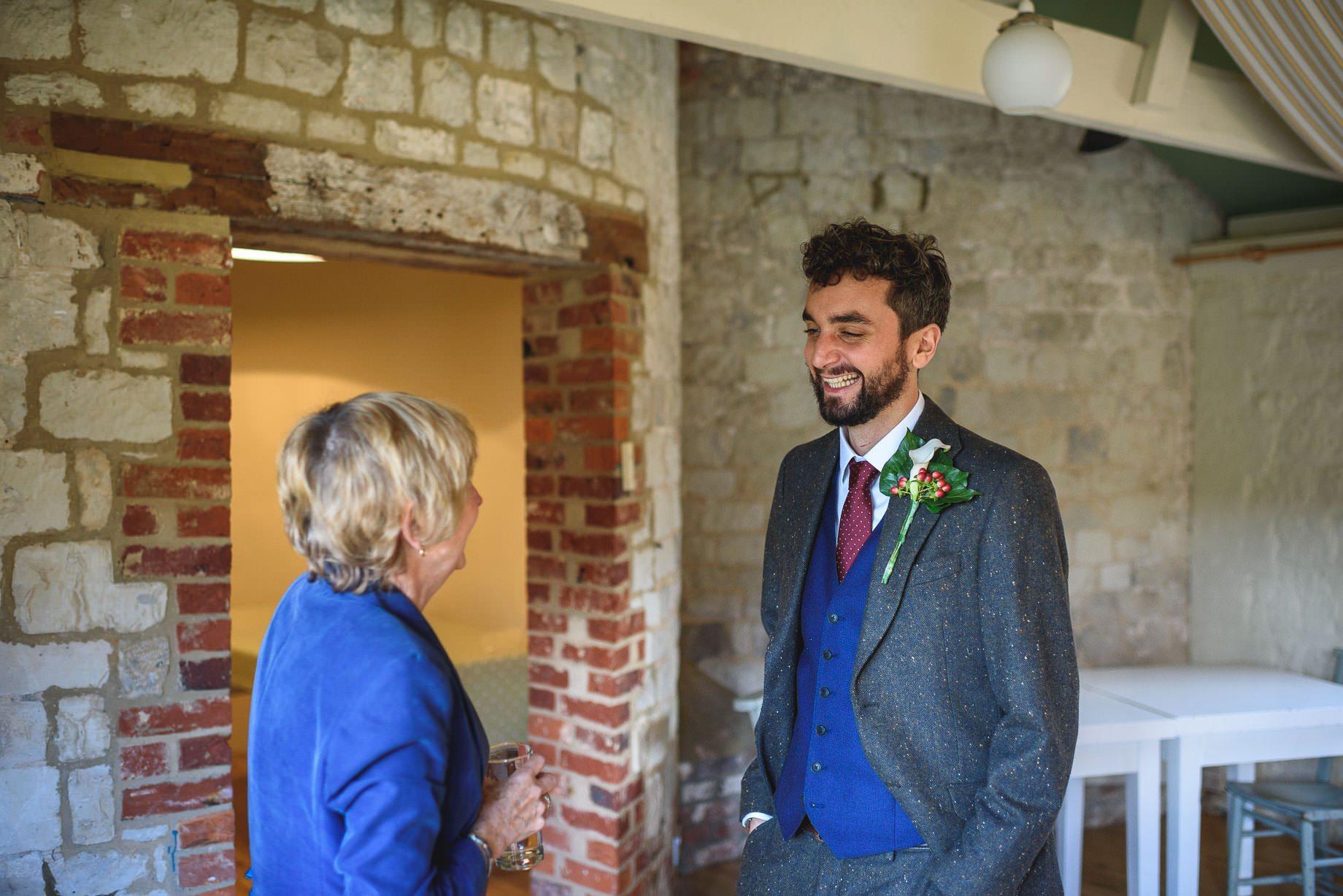 bury-court-barn-wedding-photography-guy-collier-photography-nadia-tom-25-of-184