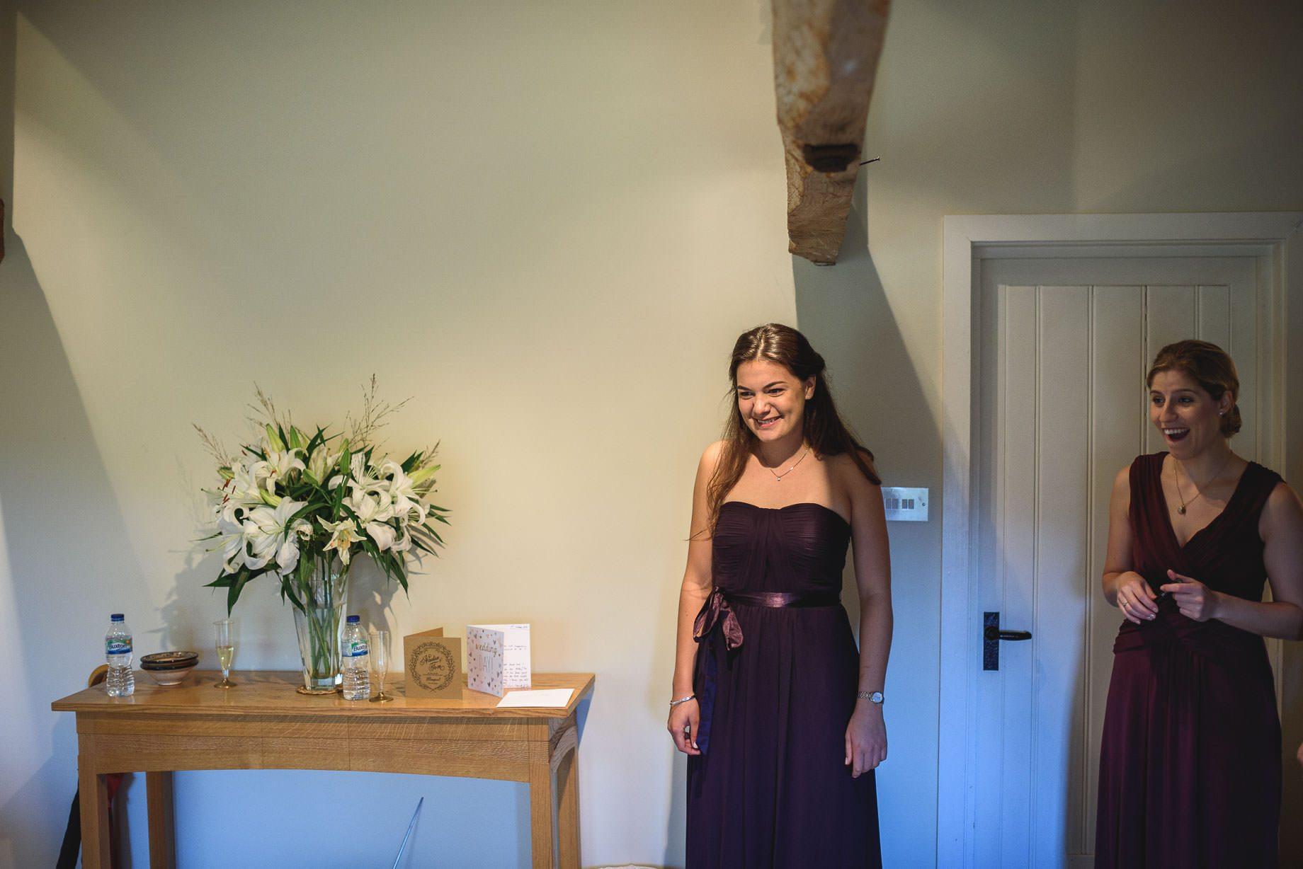 bury-court-barn-wedding-photography-guy-collier-photography-nadia-tom-32-of-184