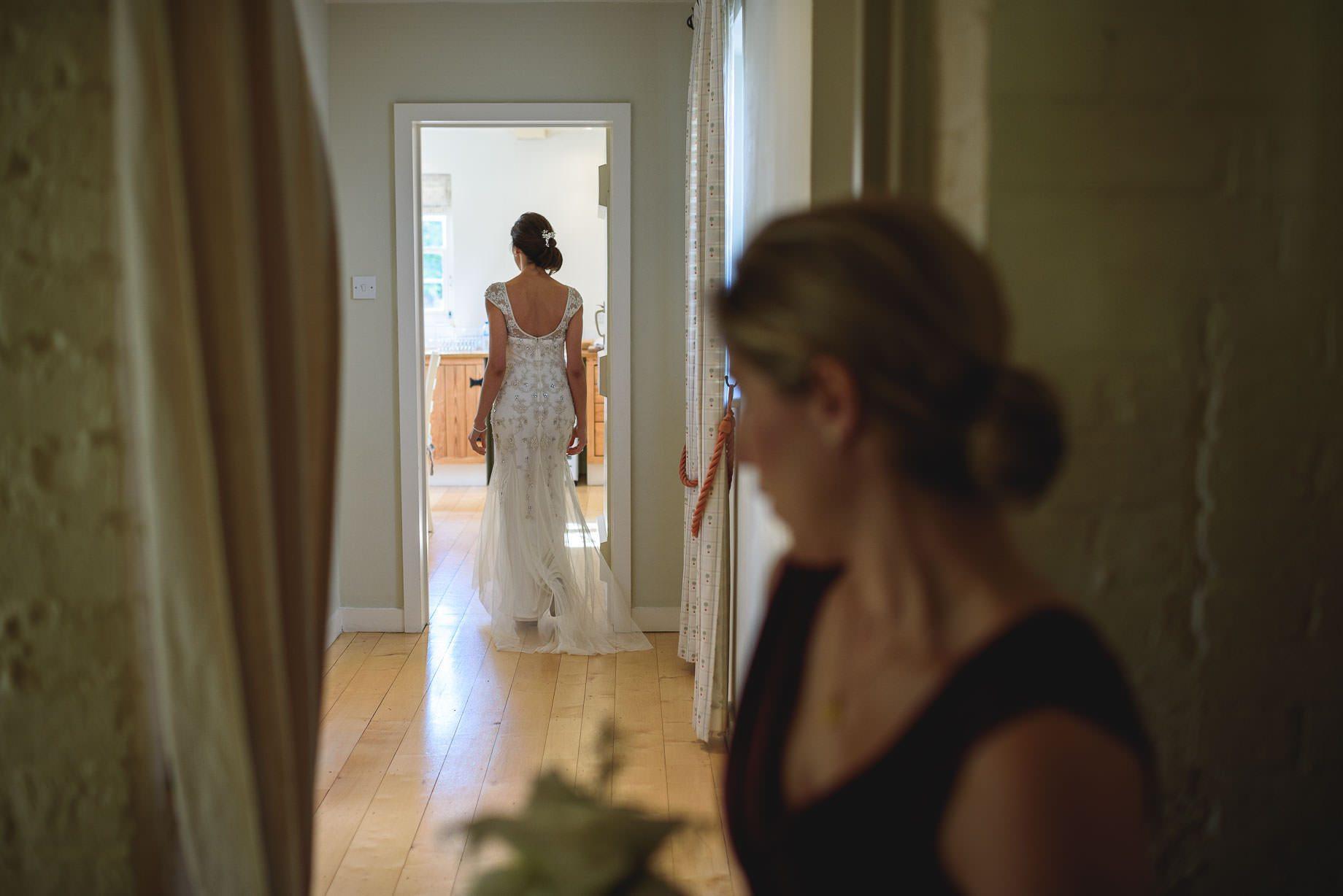 bury-court-barn-wedding-photography-guy-collier-photography-nadia-tom-41-of-184