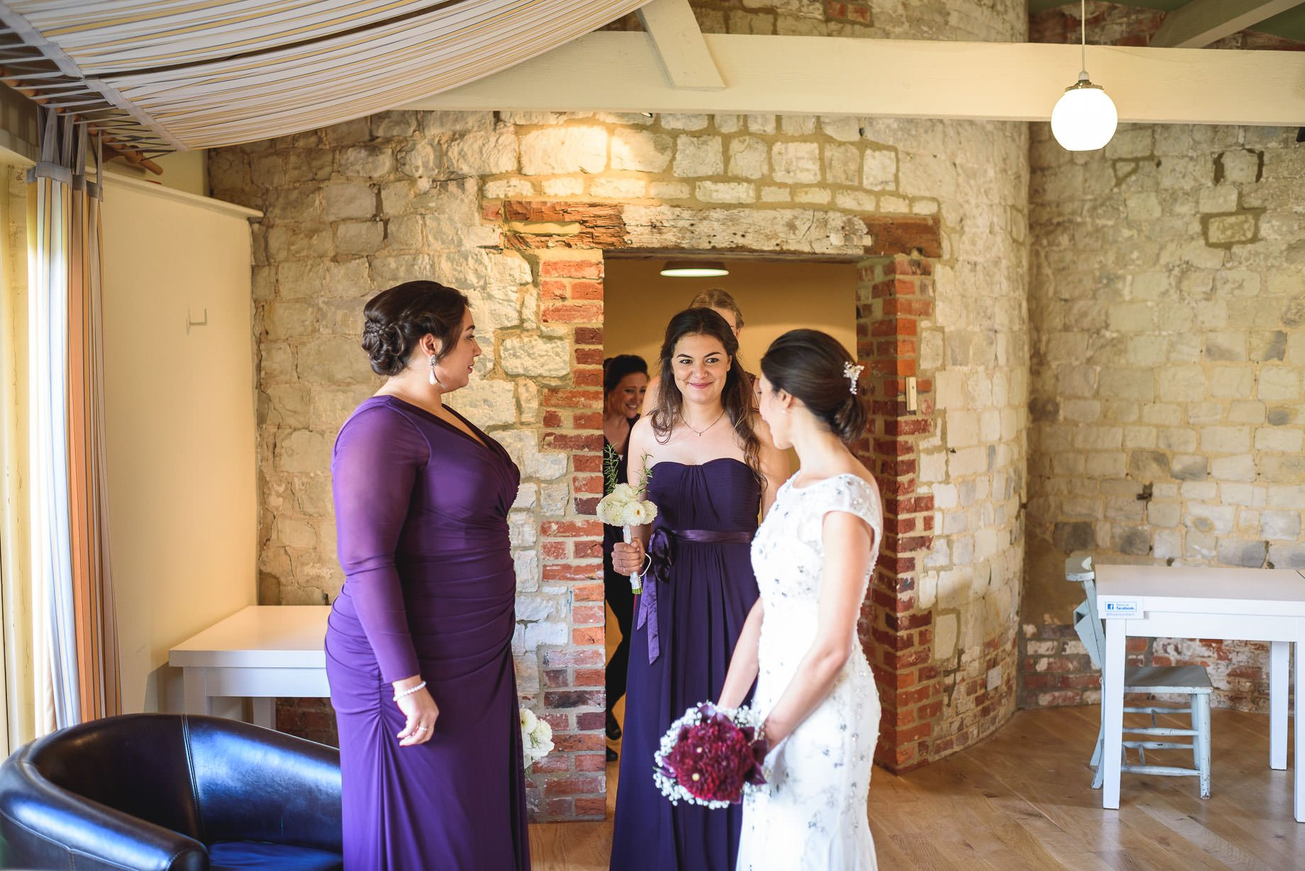 bury-court-barn-wedding-photography-guy-collier-photography-nadia-tom-47-of-184