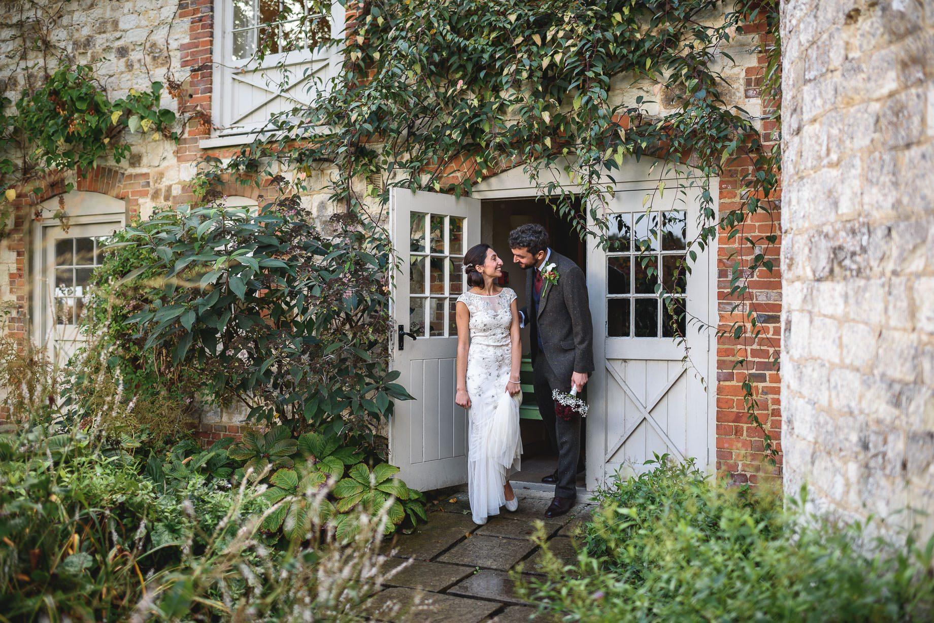 bury-court-barn-wedding-photography-guy-collier-photography-nadia-tom-79-of-184