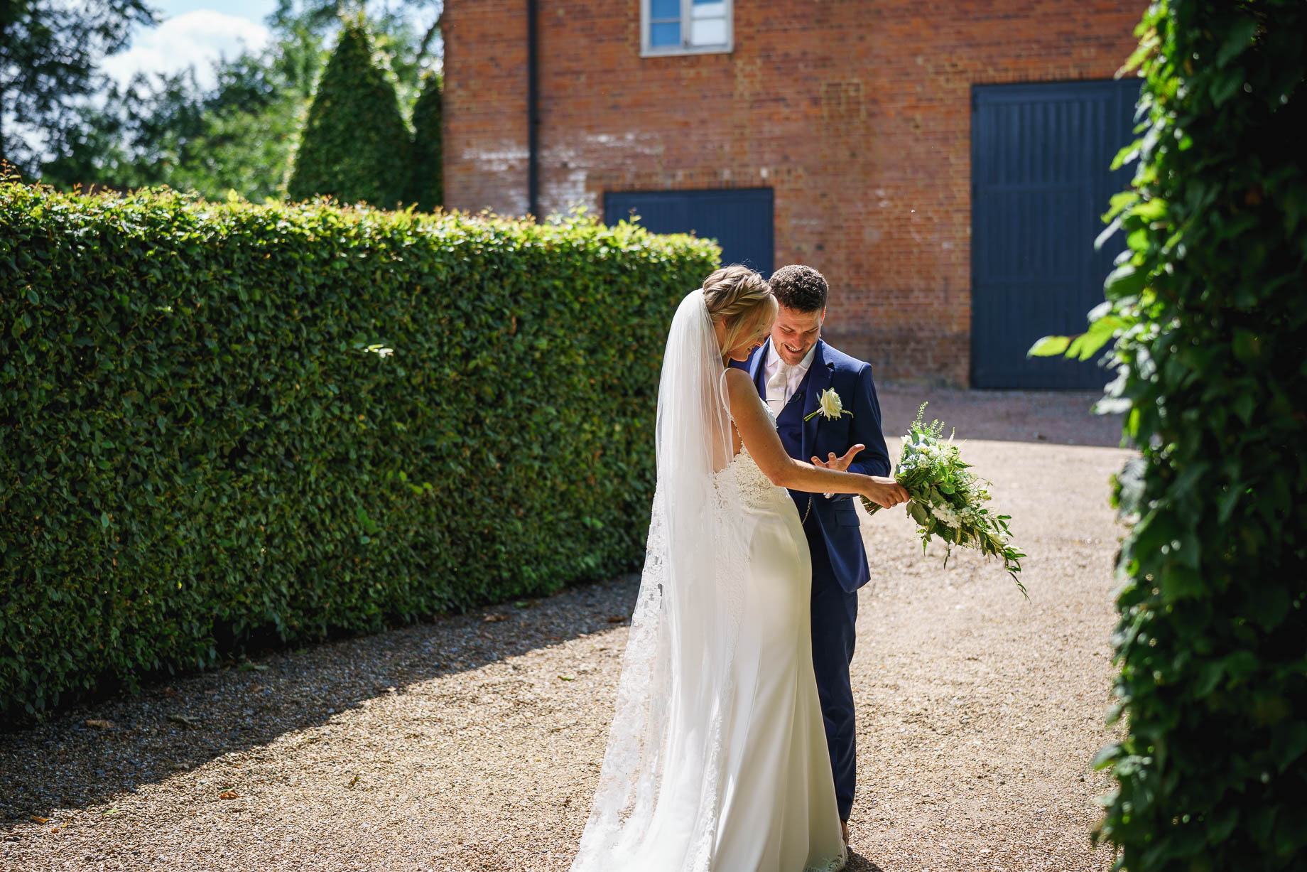 Bury Court Barn wedding photography - Guy Collier Photography