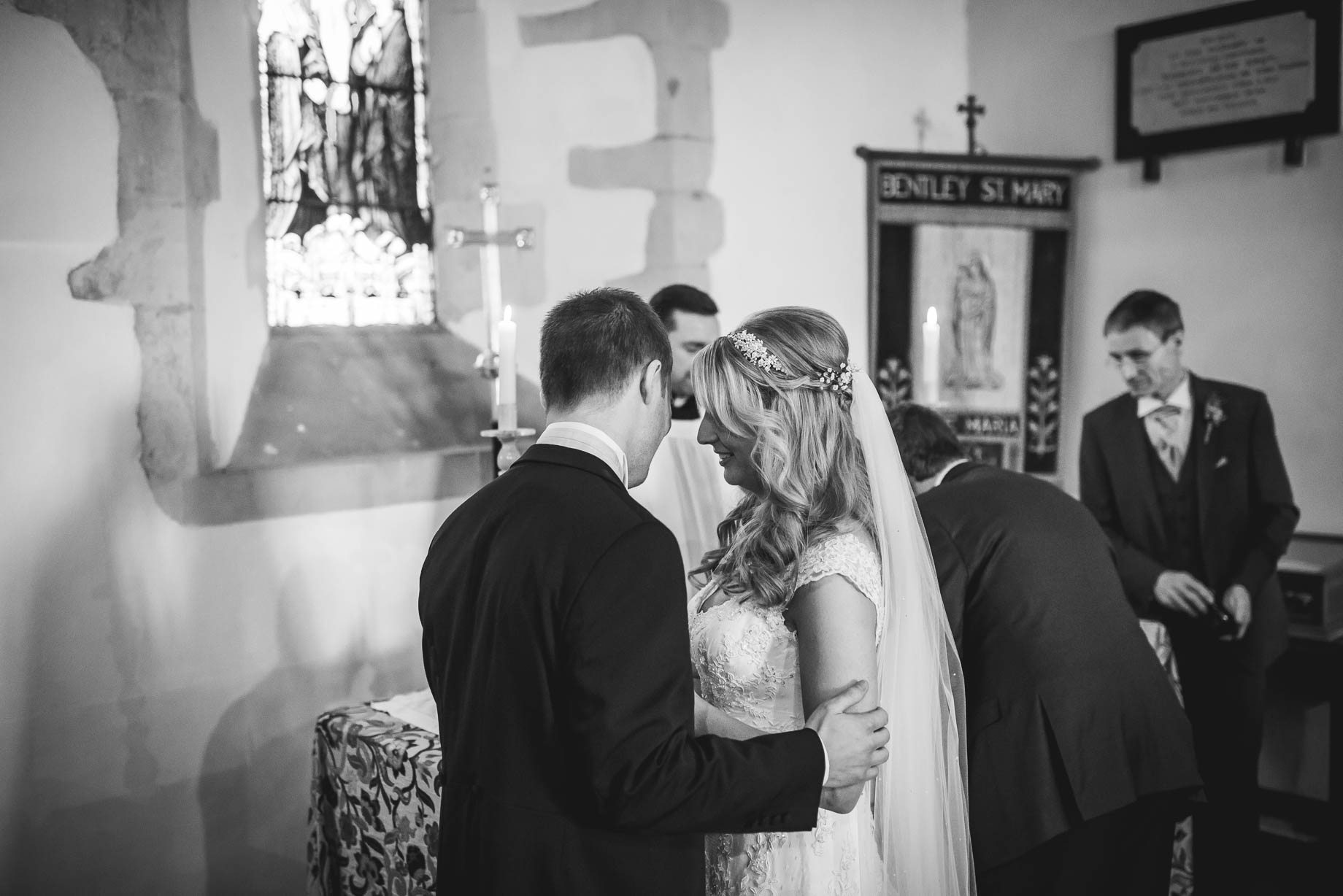 Bury Court Barn wedding photography - Lauren and Nick (84 of 215)