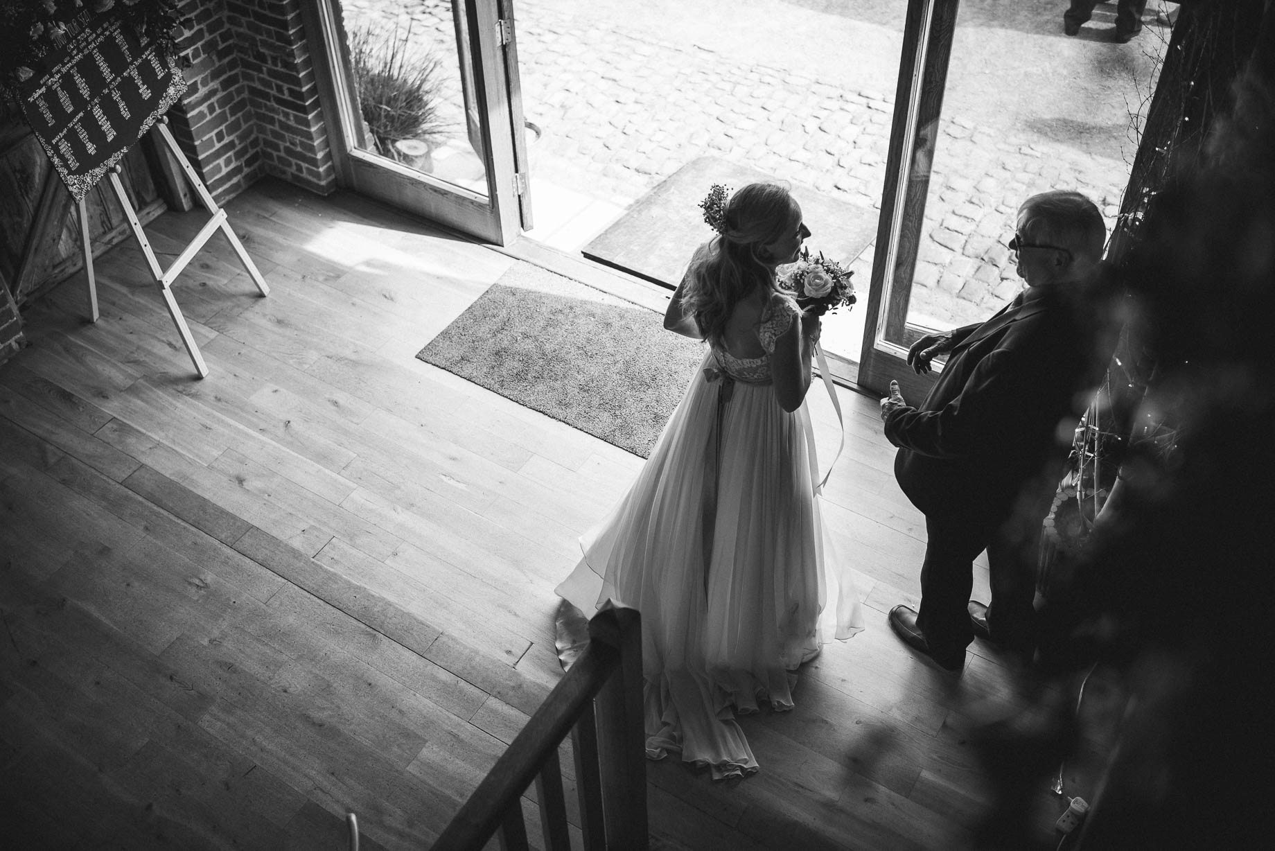 Bury Court Barn wedding photography by Guy Collier - Heather and Pat (105 of 170)