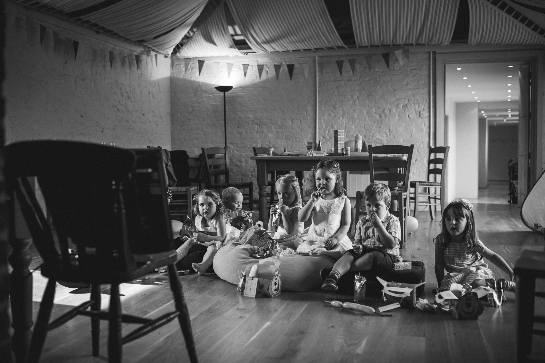 Bury Court Barn wedding photography by Guy Collier - Heather and Pat (115 of 170)