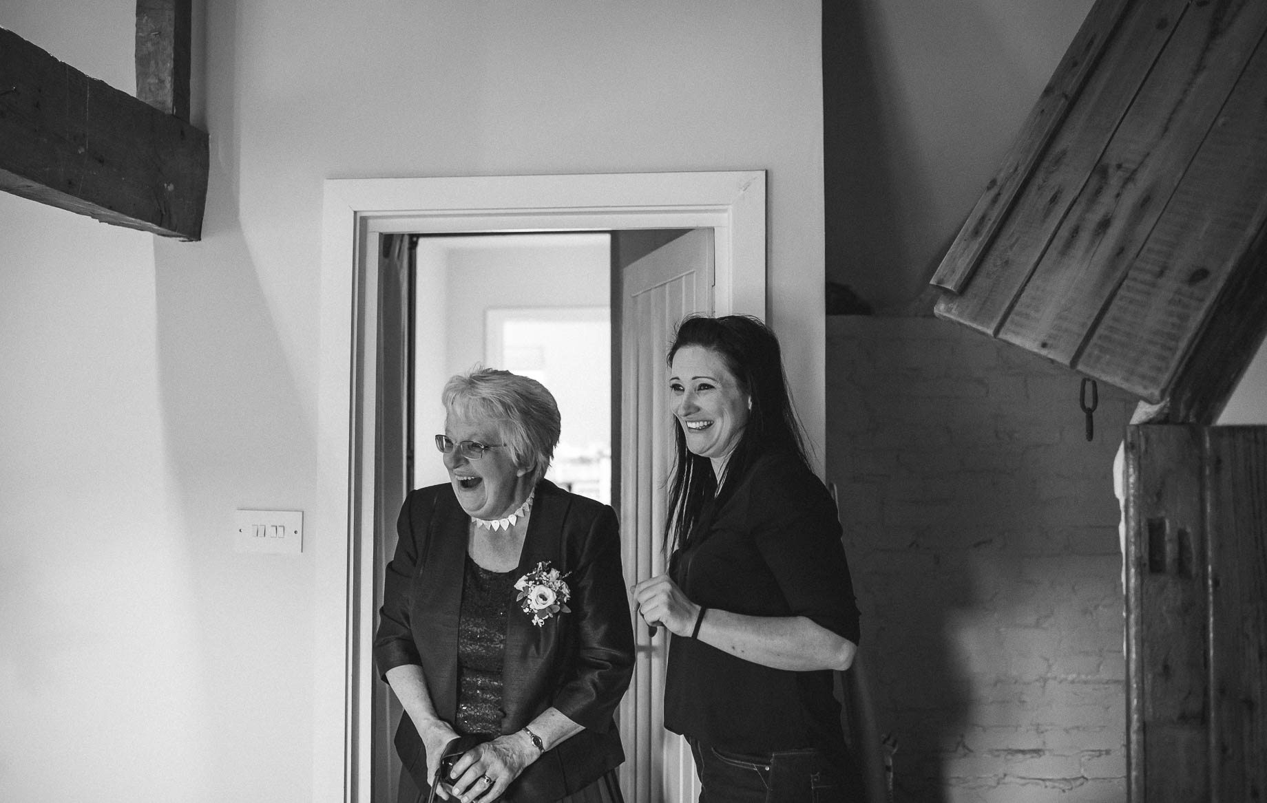Bury Court Barn wedding photography by Guy Collier - Heather and Pat (15 of 170)