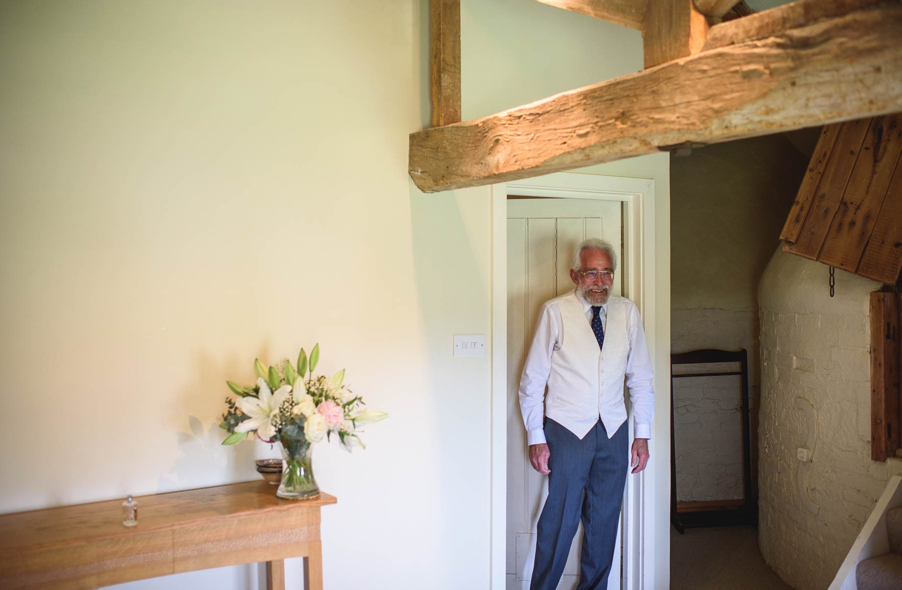 Bury Court Barn wedding photography by Guy Collier - Heather and Pat (18 of 170)