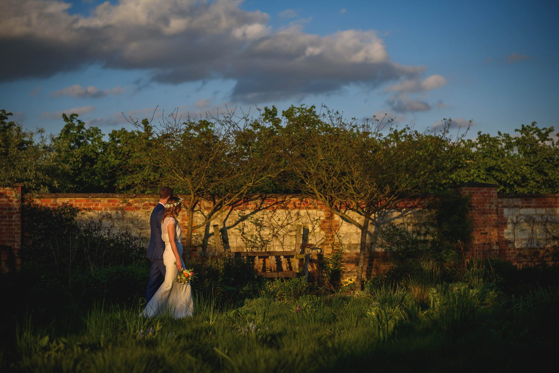 Bury Court Barn wedding photography by Guy Collier - Jo and Jamie (148 of 160)