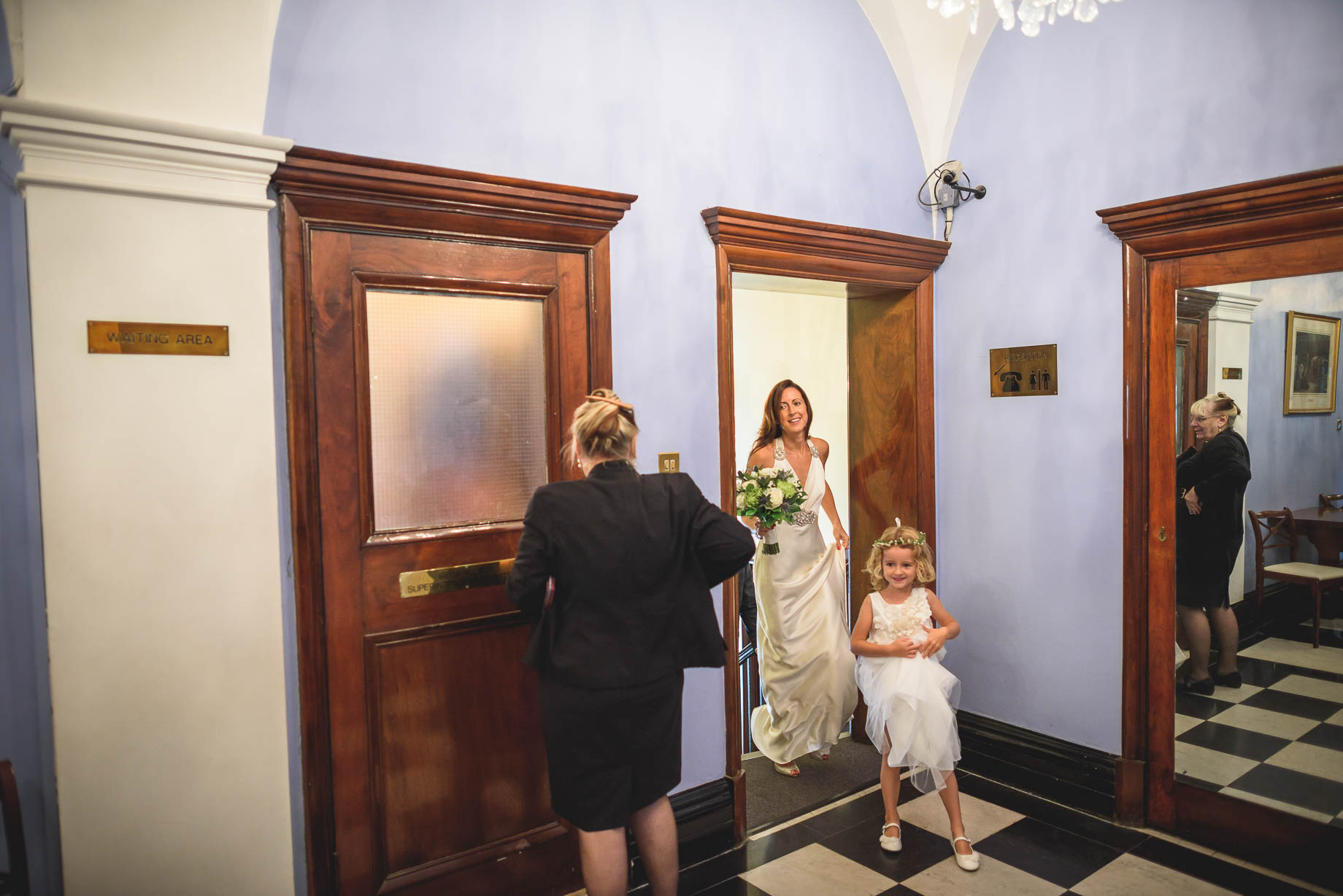Chelsea and Mayfair wedding photography - Guy Collier - Vicki and Damien (43 of 126)