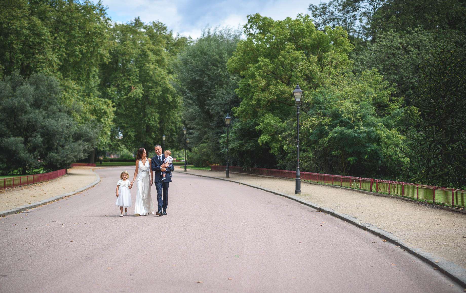 Chelsea and Mayfair wedding photography - Guy Collier - Vicki and Damien (77 of 126)