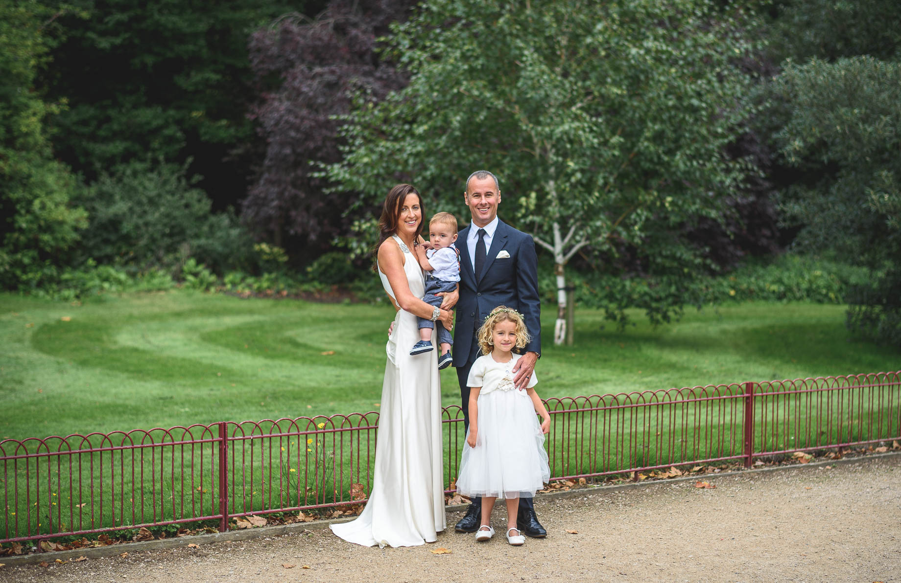 Chelsea and Mayfair wedding photography - Guy Collier - Vicki and Damien (80 of 126)