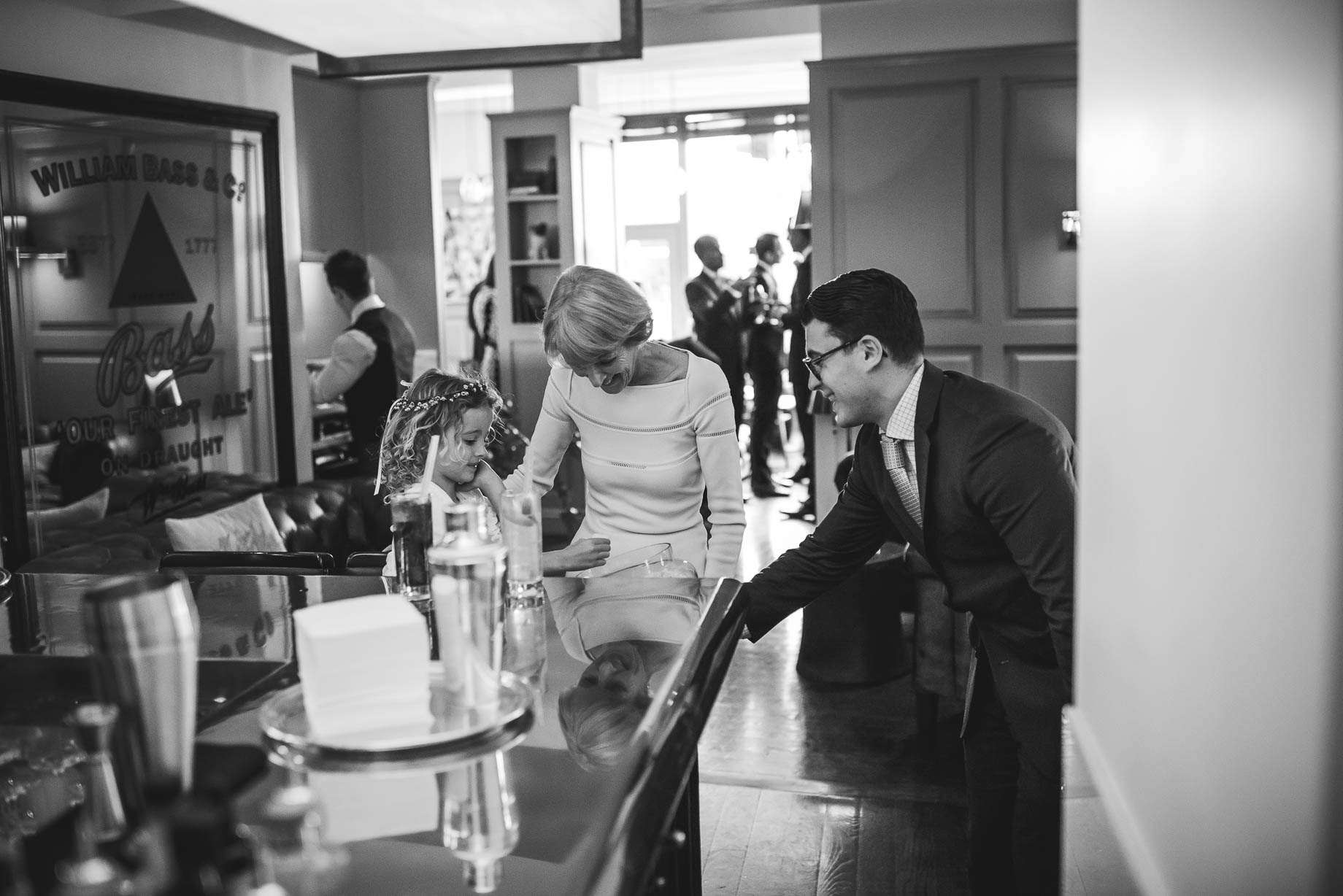 Chelsea and Mayfair wedding photography - Guy Collier - Vicki and Damien (99 of 126)