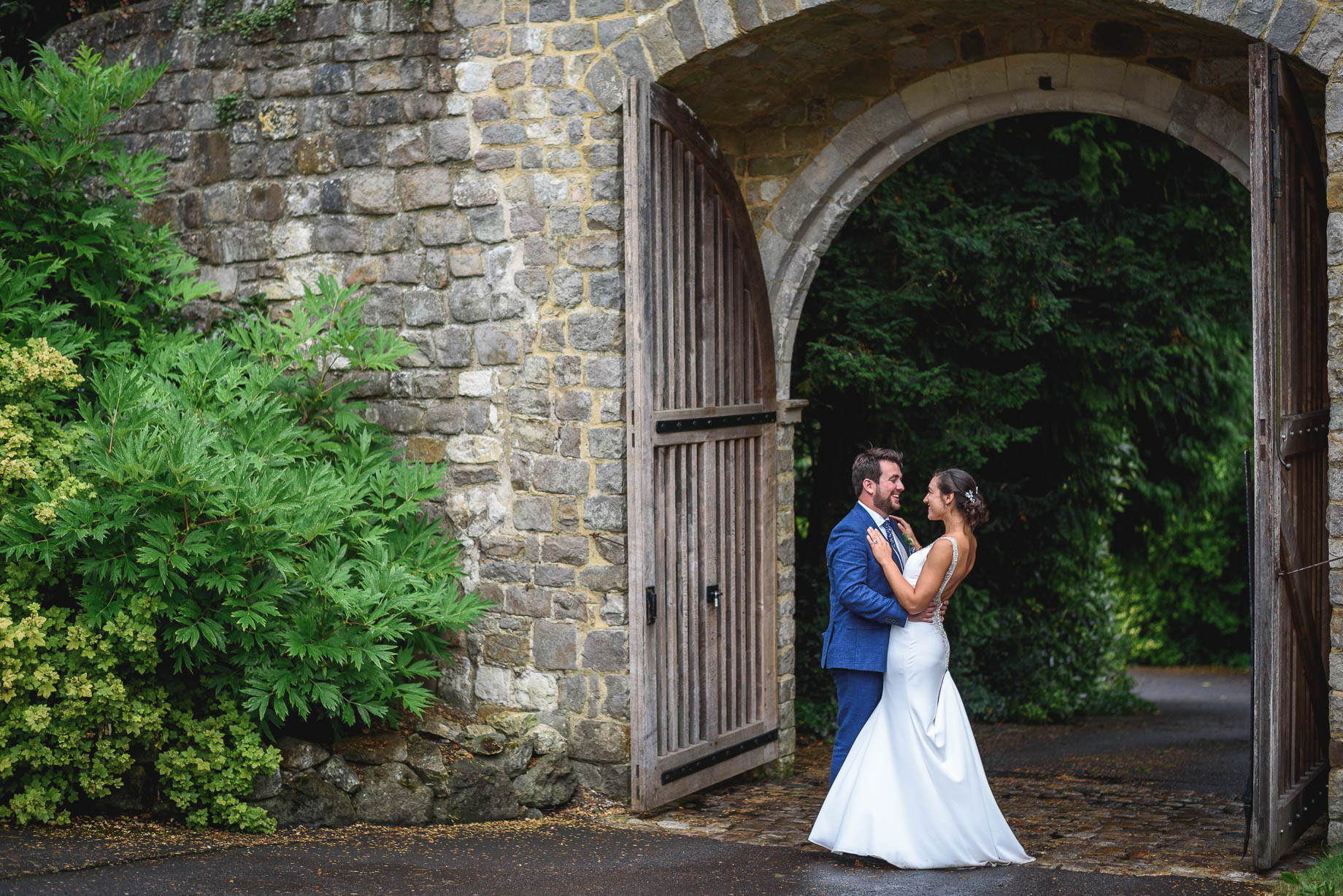 Farnham Castle wedding photography - Paulette and Laurence