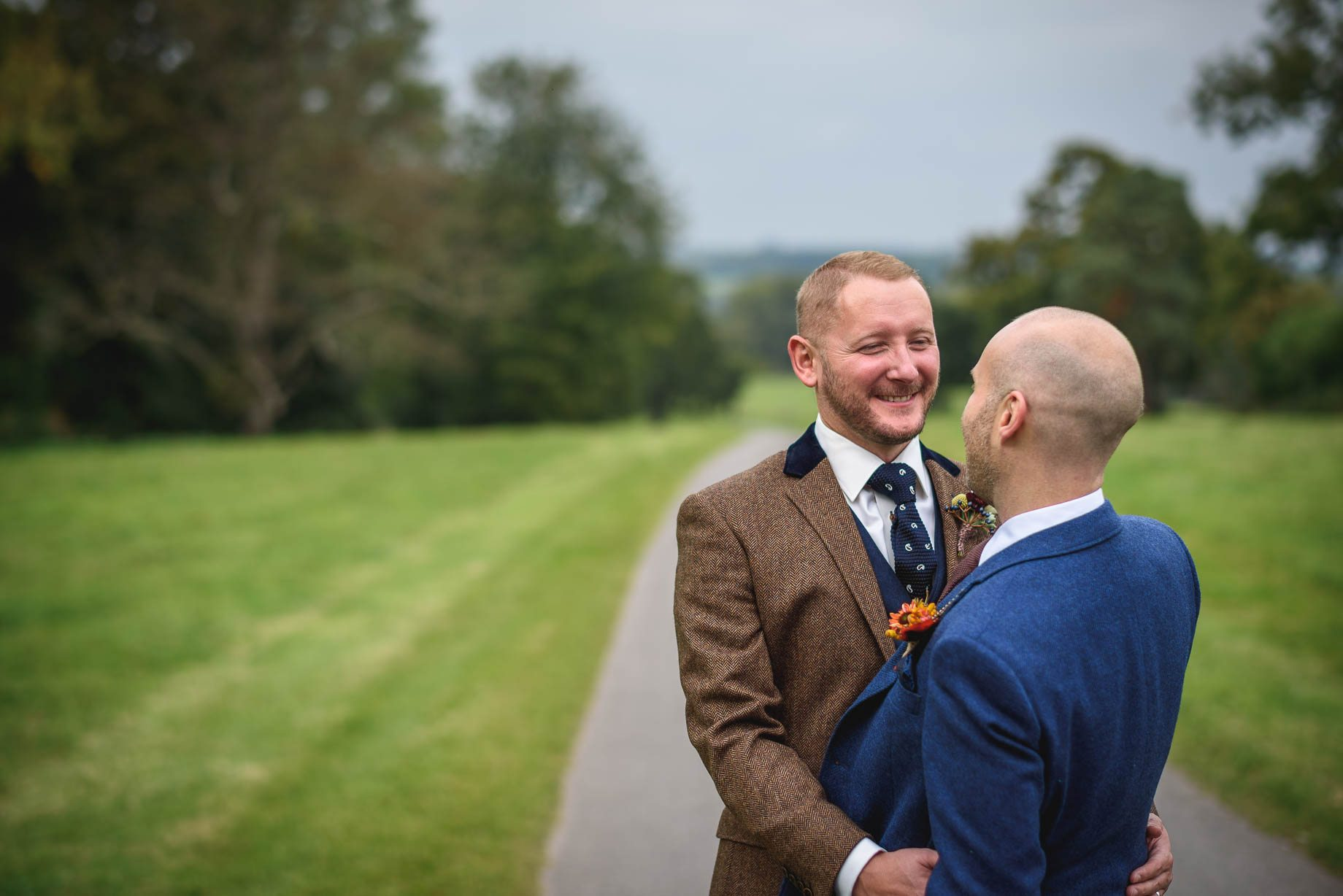gay-wedding-photography-at-wasing-park-guy-collier-photography-ben-and-stephen-100-of-202