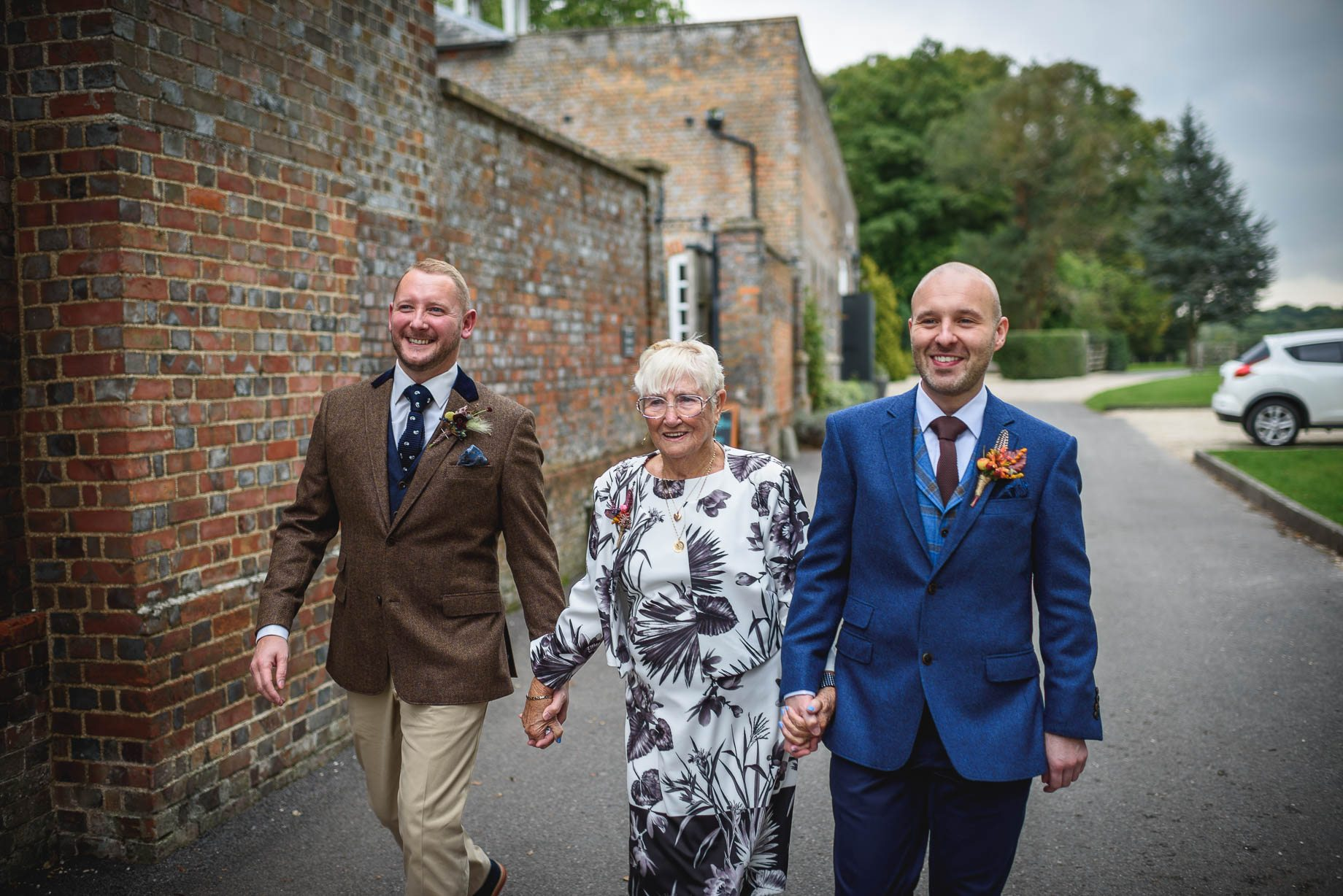 gay-wedding-photography-at-wasing-park-guy-collier-photography-ben-and-stephen-31-of-202