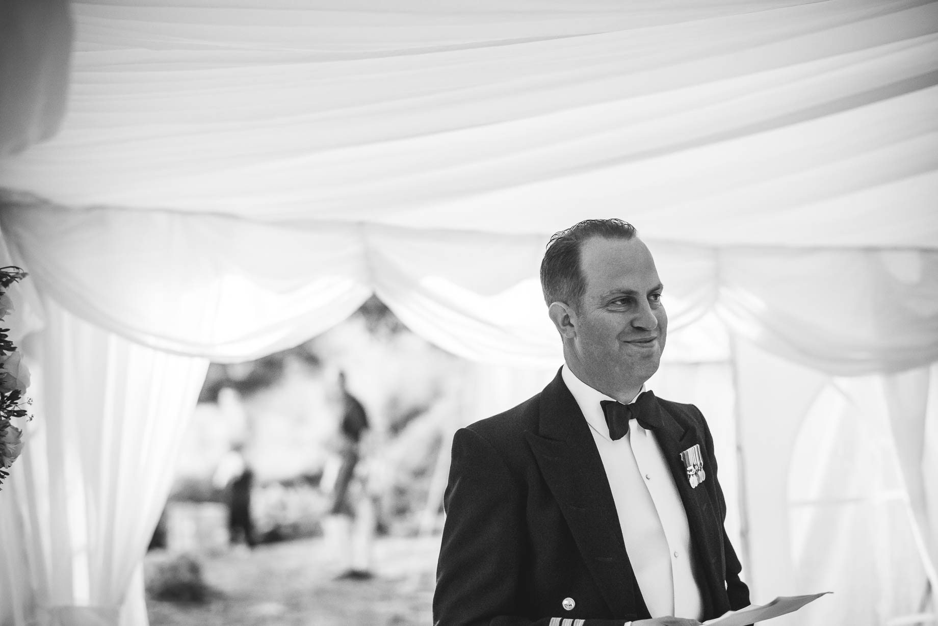 Hampshire wedding photography - Emily and Rob - Guy Collier Photography (157 of 192)
