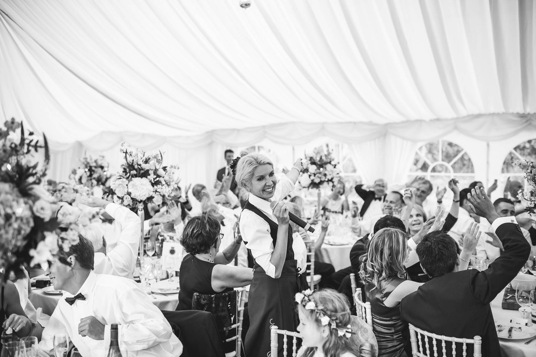 Hampshire wedding photography - Emily and Rob - Guy Collier Photography (176 of 192)