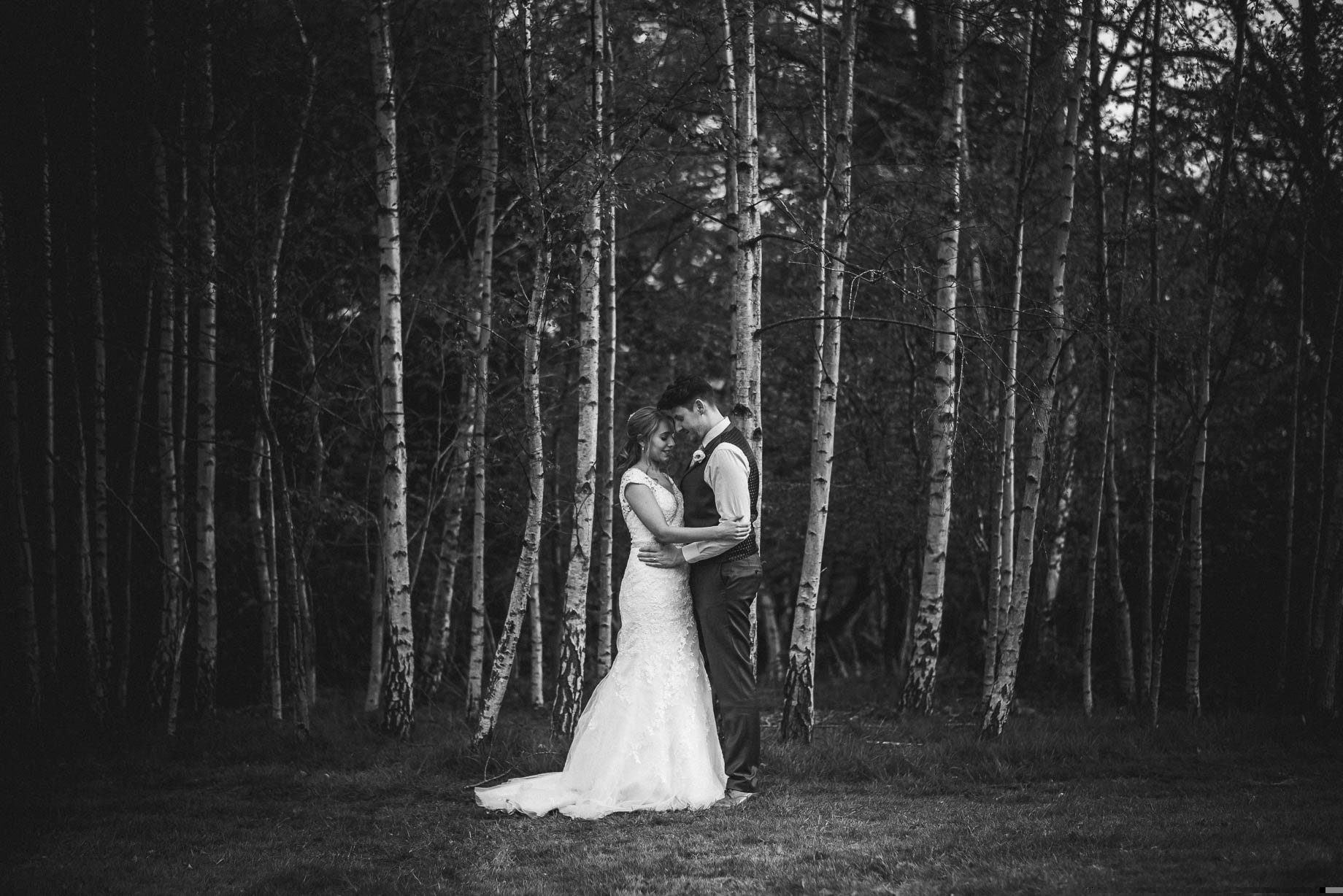 Hampshire wedding photography by Guy Collier - Emily and Tom (132 of 164)