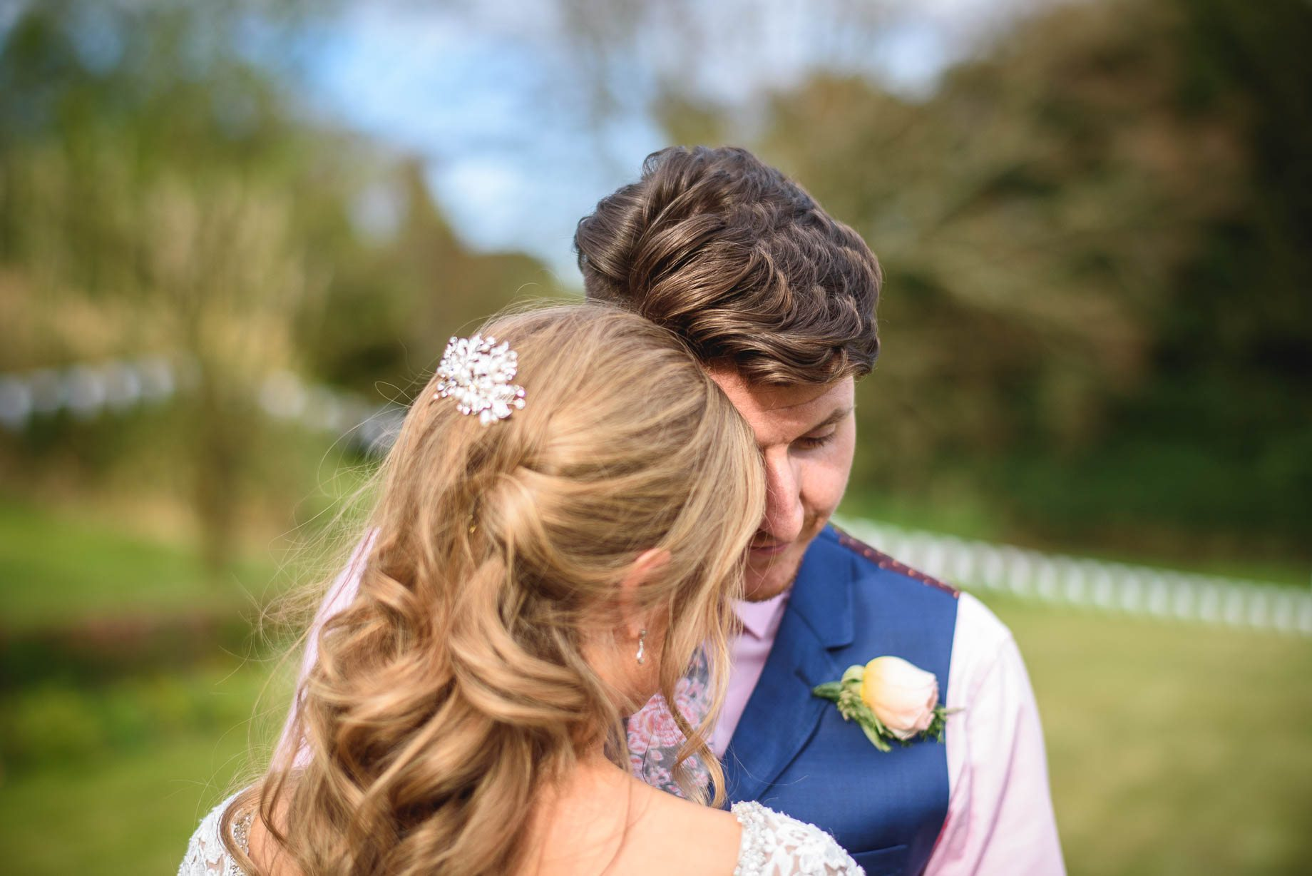Hampshire wedding photography by Guy Collier - Emily and Tom (139 of 164)