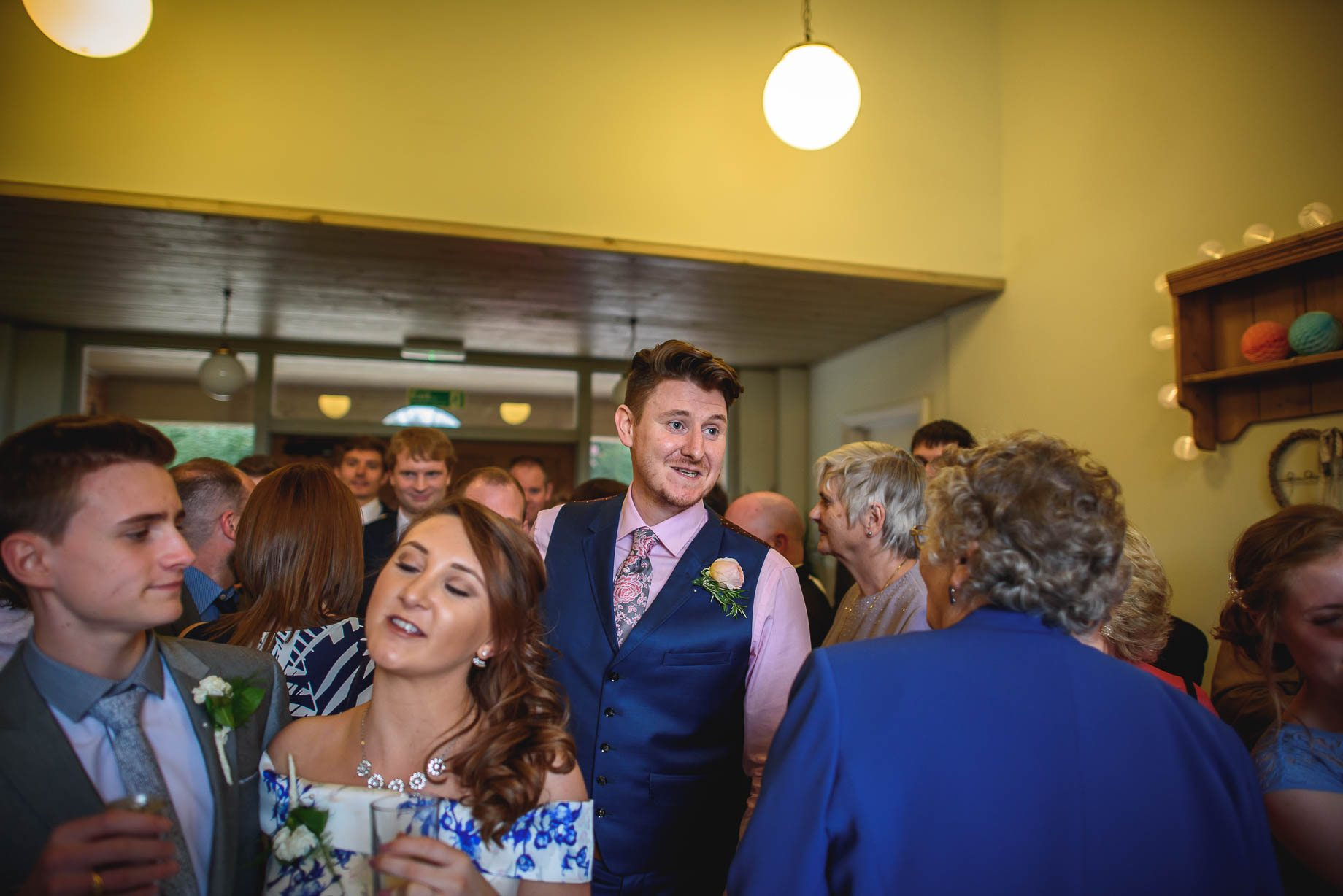 Hampshire wedding photography by Guy Collier - Emily and Tom (156 of 164)